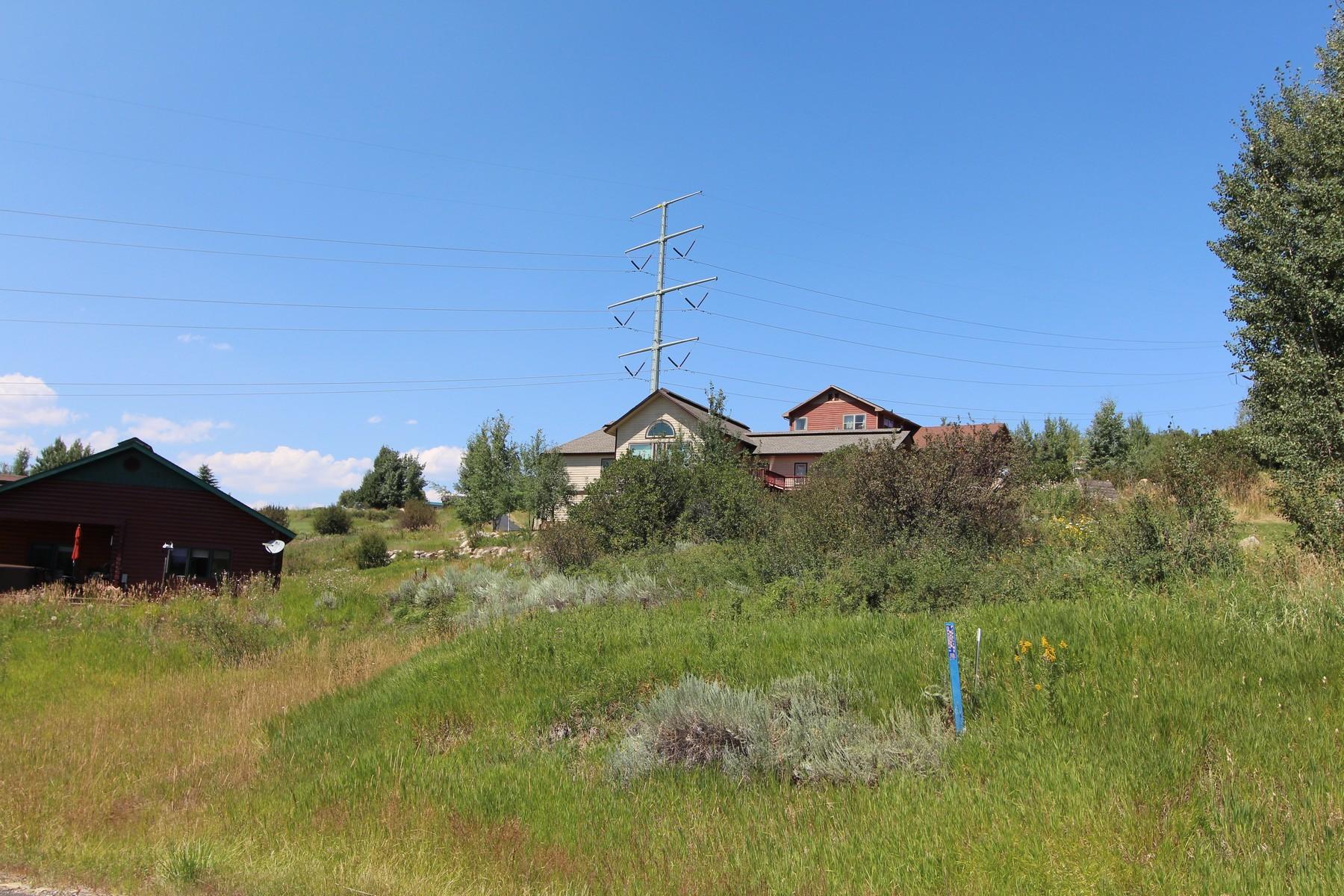 72 Hillside Dr, Steamboat Springs, CO 80487