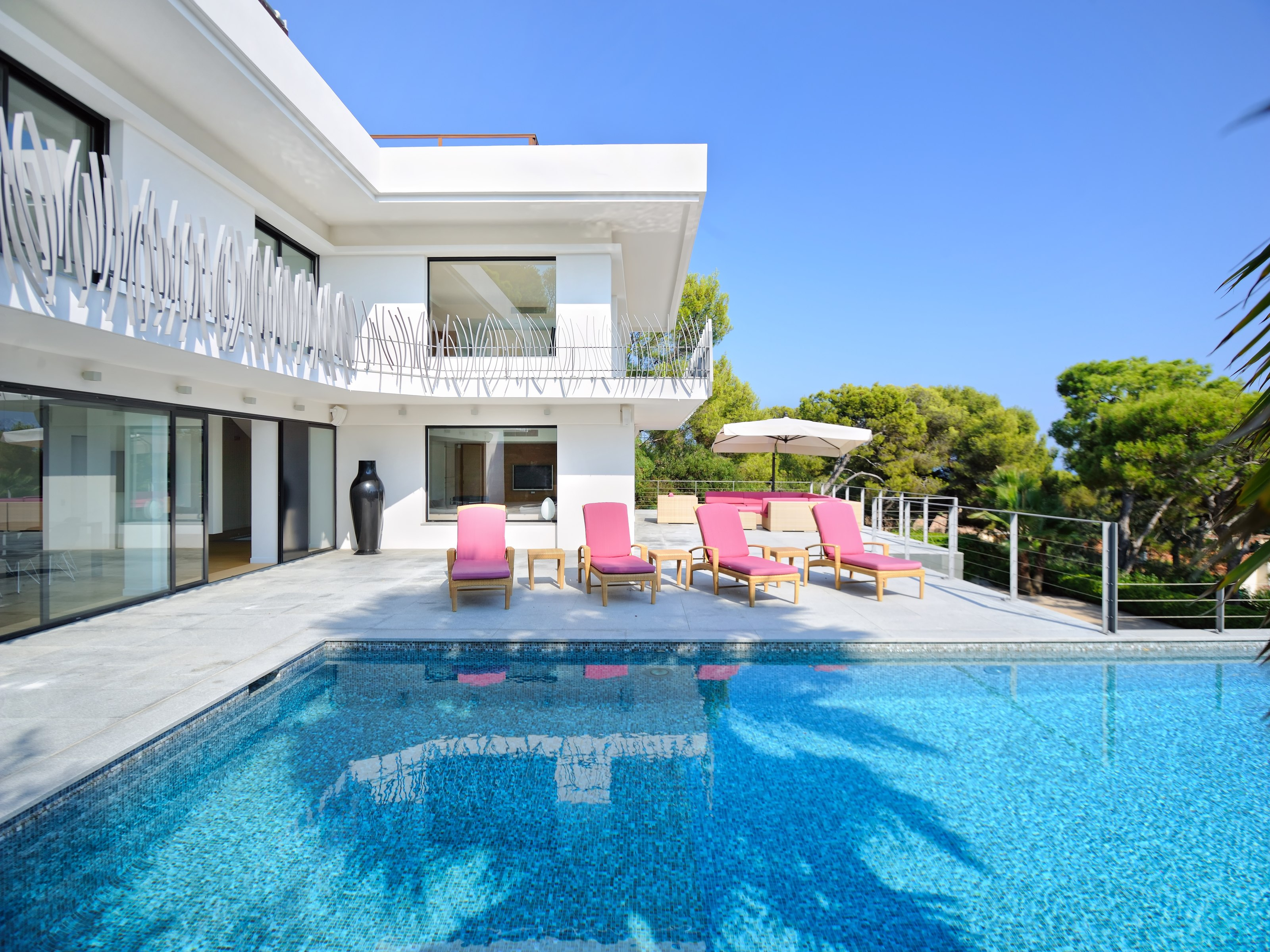 Sole Agent - Superb Contemporary Villa with panora