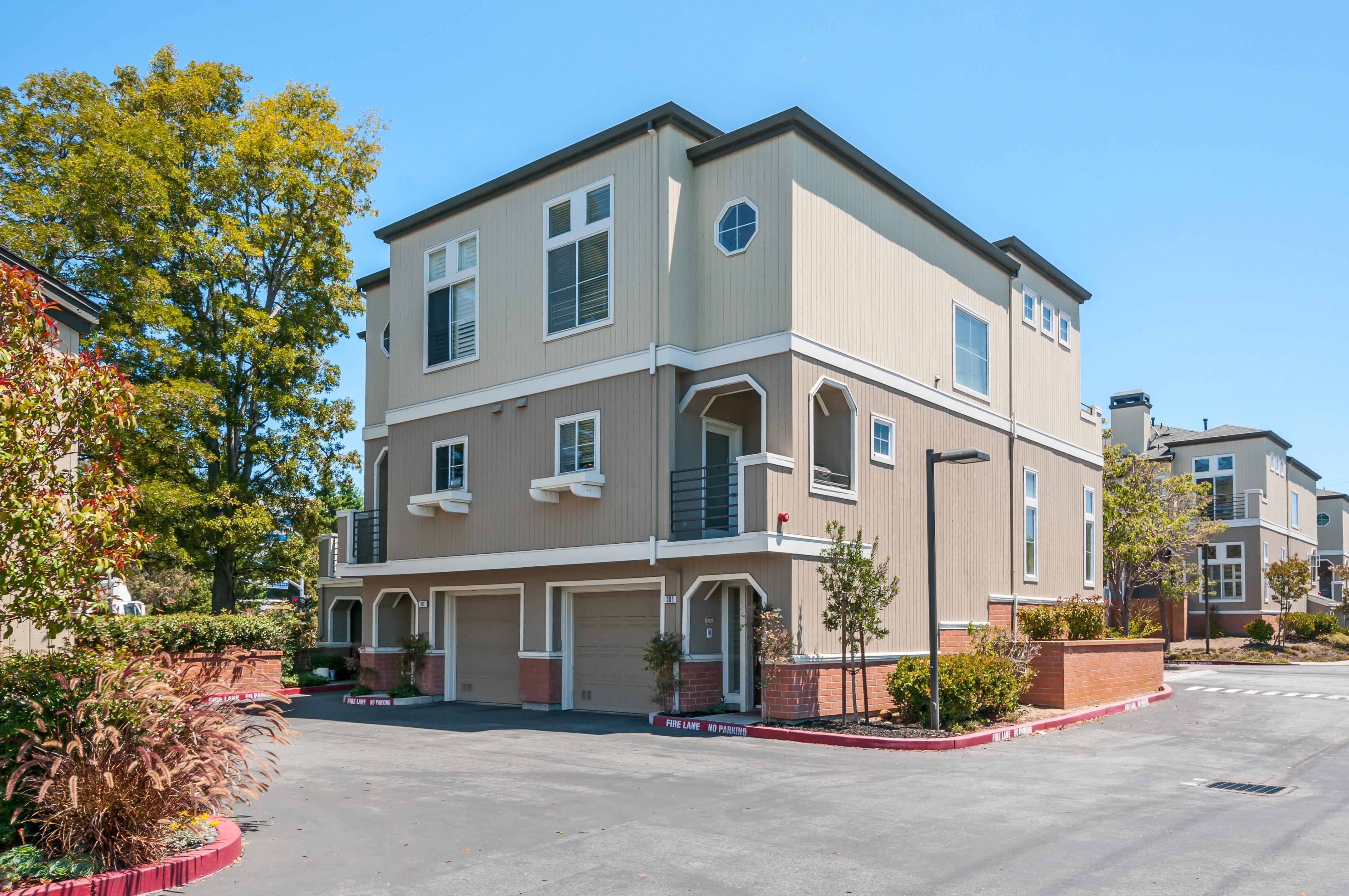 301 Emerald Bay Ln, Foster City, CA 94404