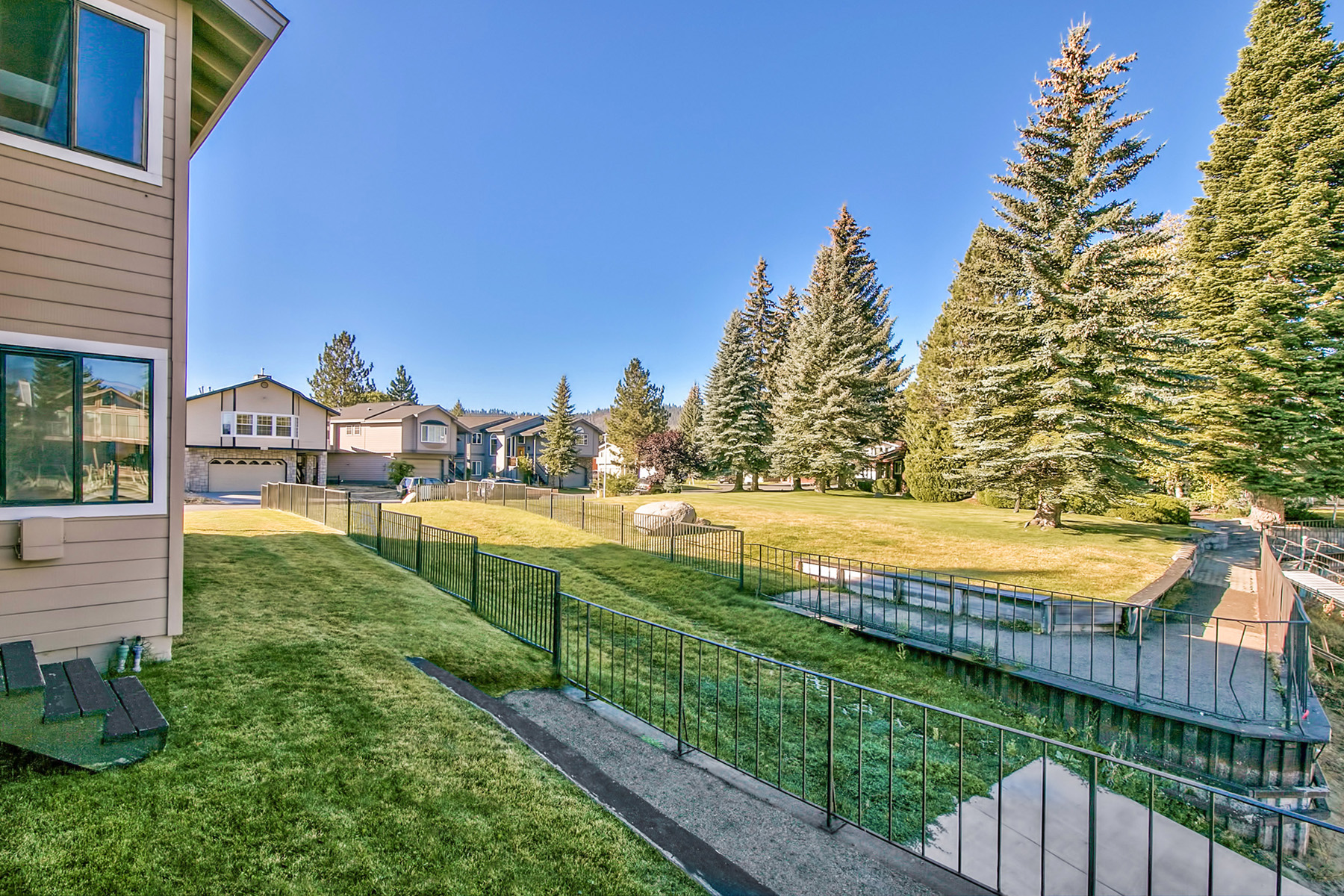 United states south lake tahoe 2075 slalom court for for Luxury homes for sale in lake tahoe