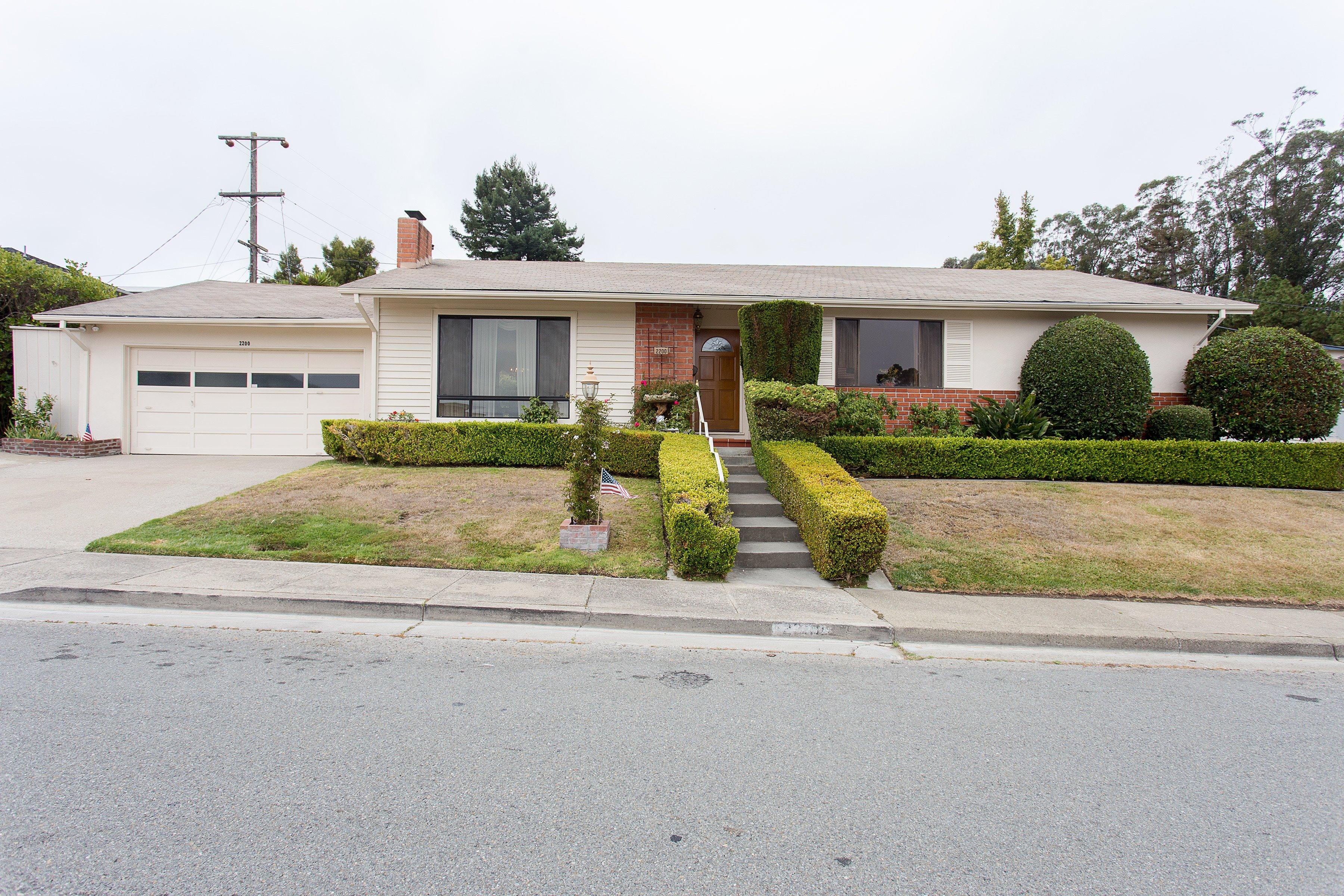 2200 Trenton Dr, San Bruno, CA 94066