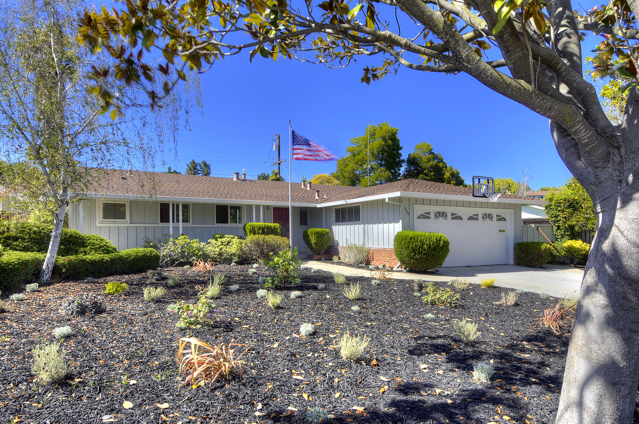 3708 Country Club Dr, Redwood City, CA 94061