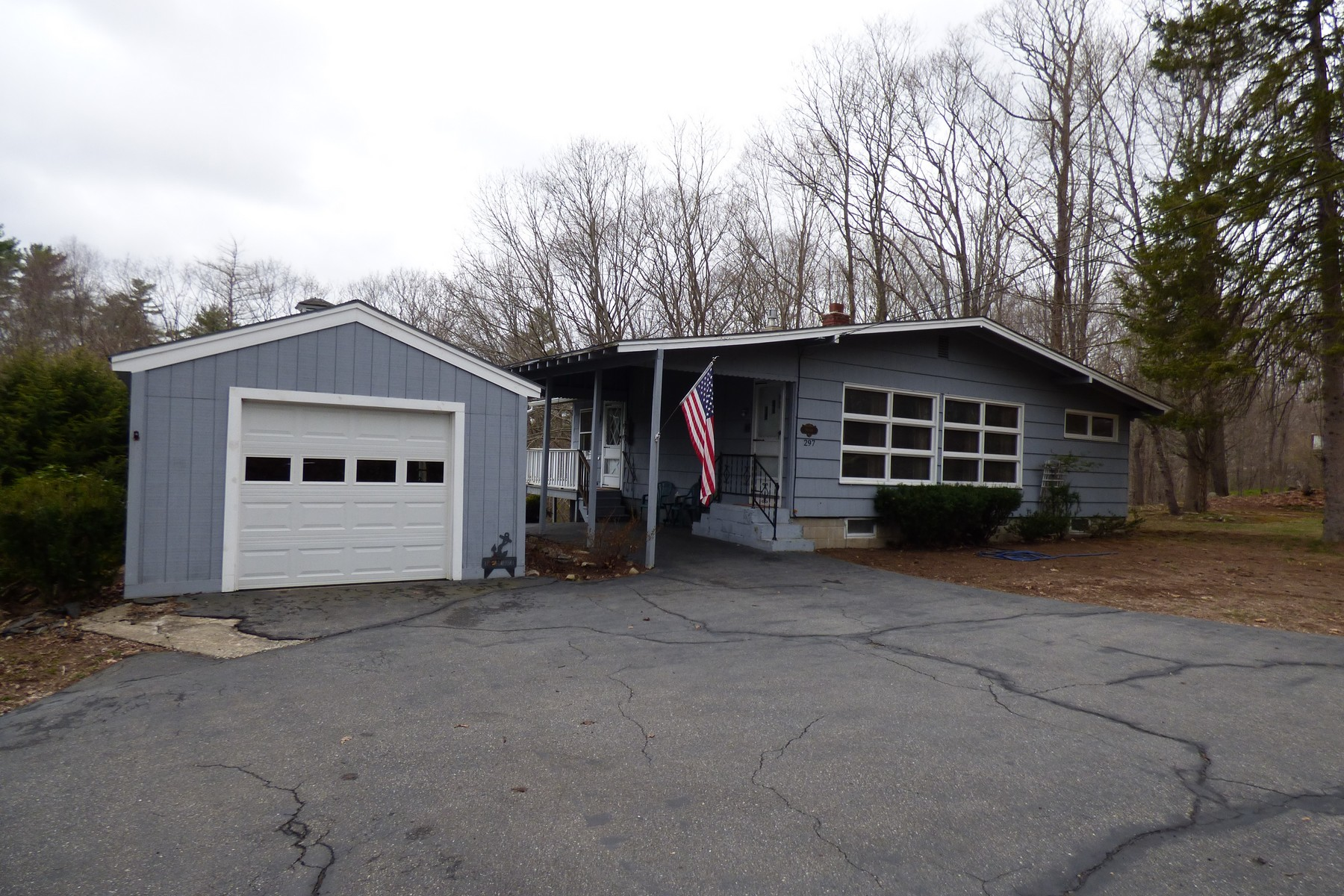 297 Goodwin Rd, Eliot, ME 03903