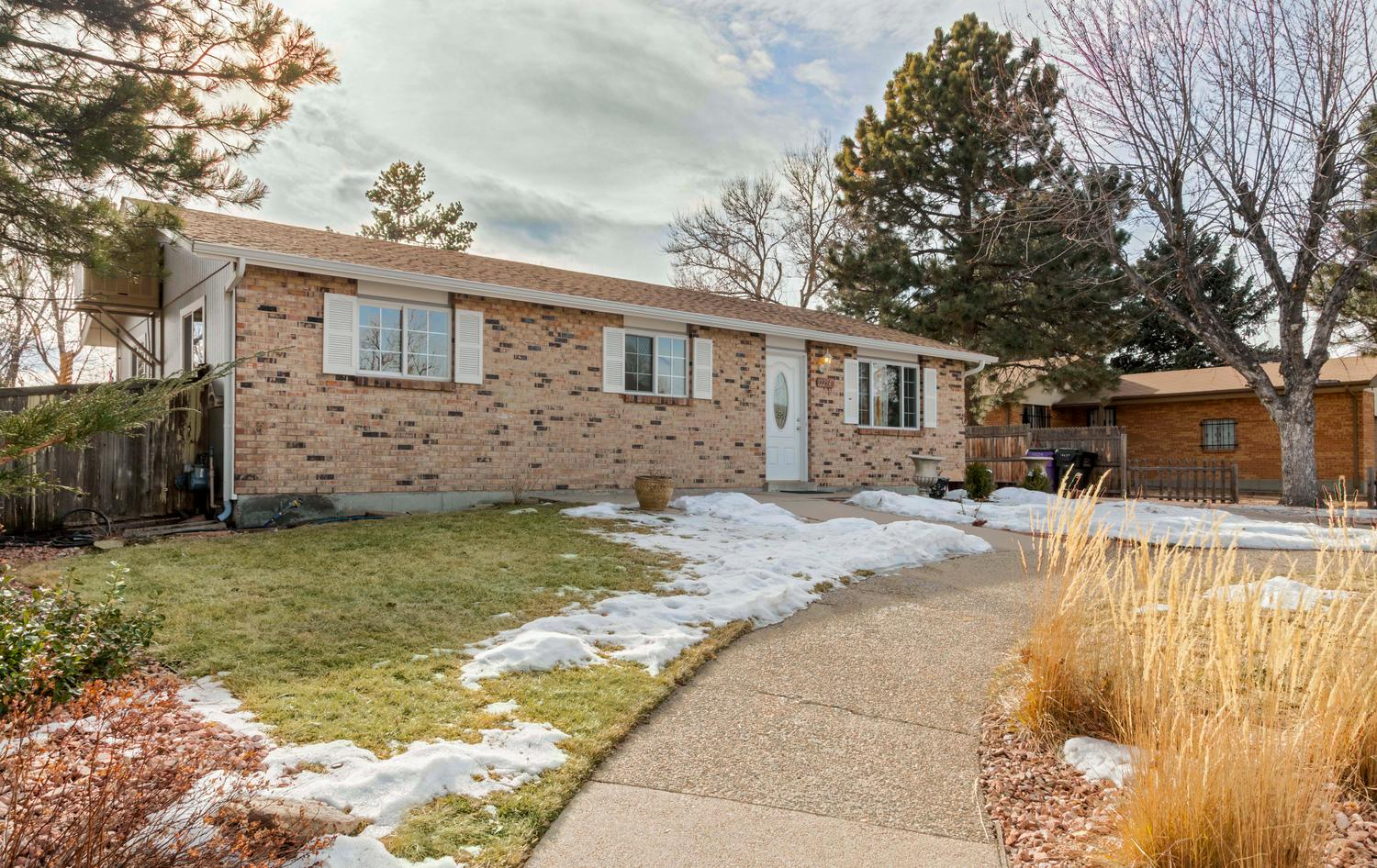 12254 E Berkeley Pl, Denver, CO 80239