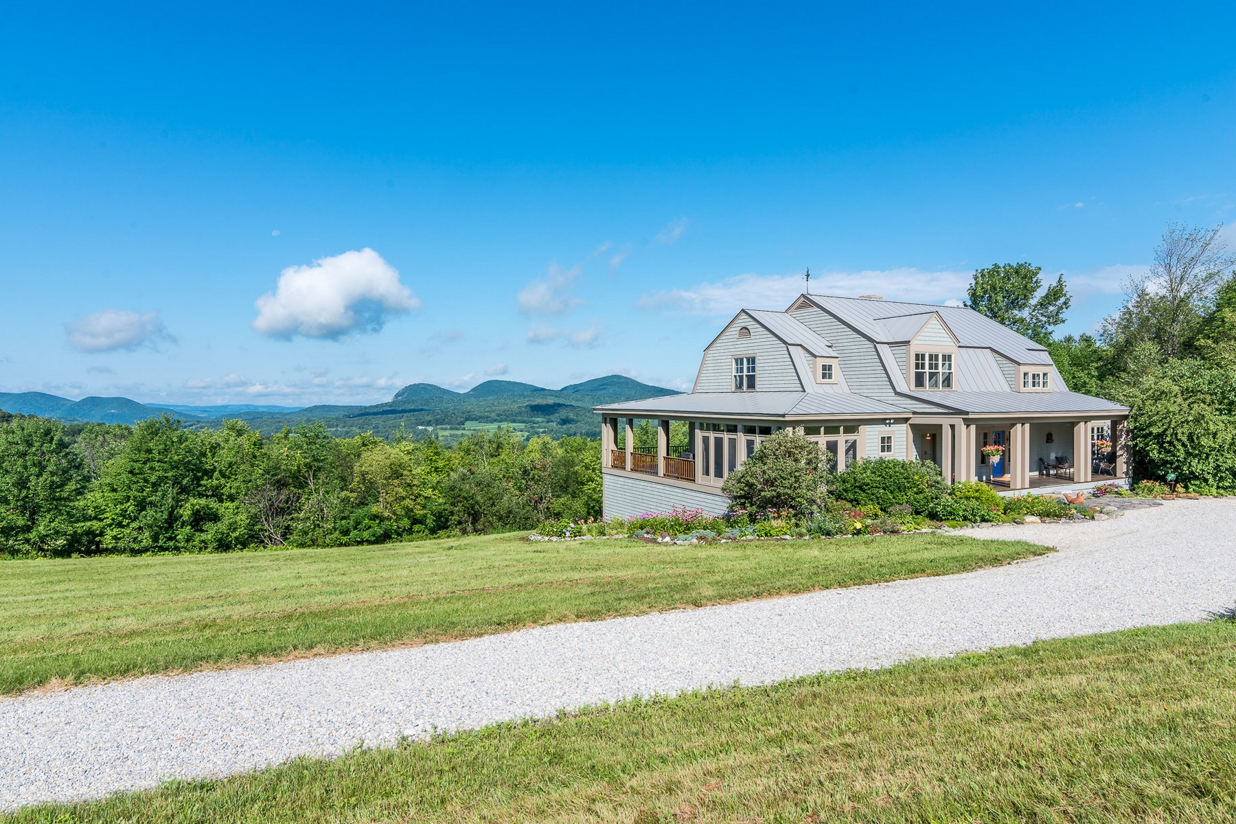 1638 Lilly Hill Rd, Pawlet, VT 05761