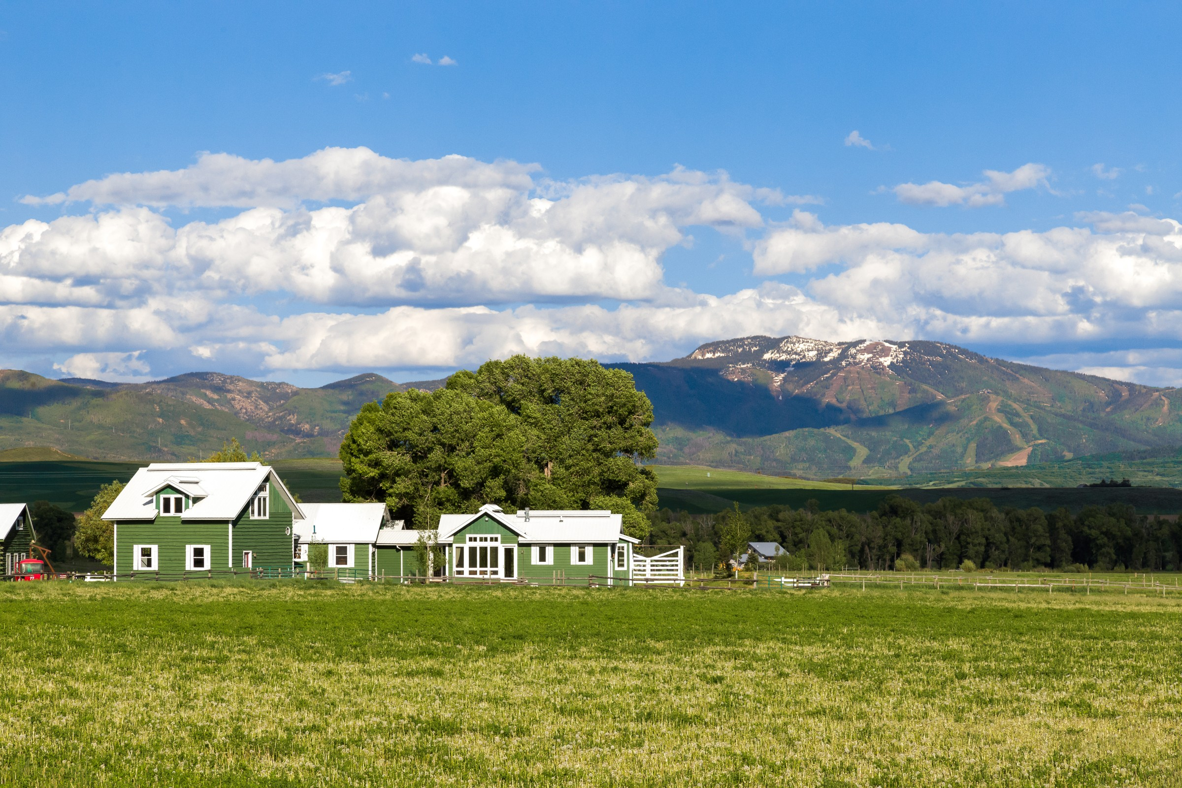 41070 County Road 44, Steamboat Springs, CO 80487
