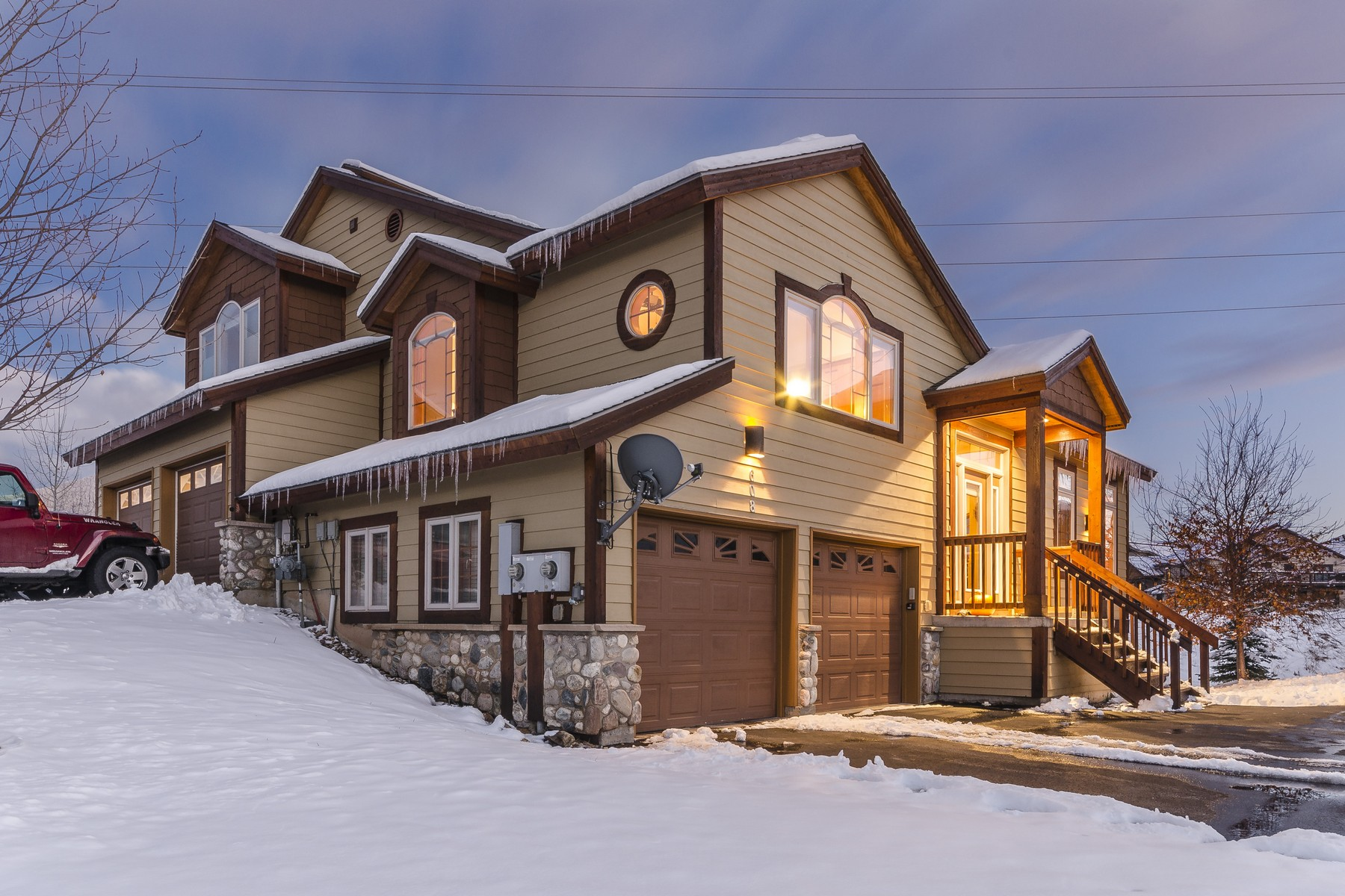 608 Parkview Dr, Steamboat Springs, CO 80487