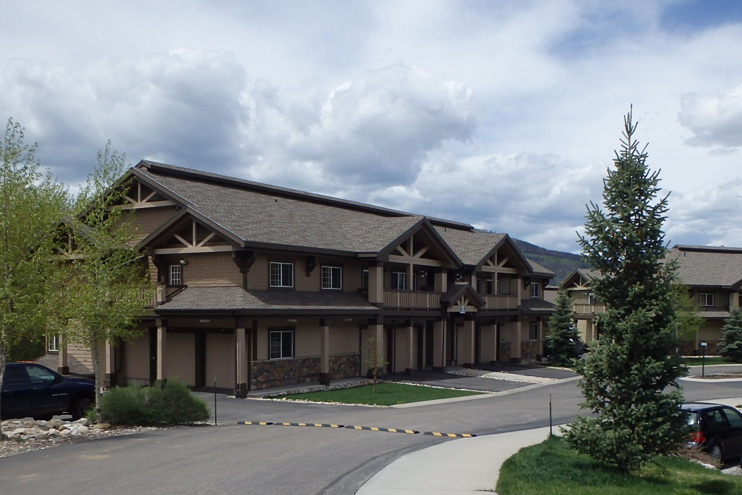 3300 Columbine Dr, Steamboat Springs, CO 80487