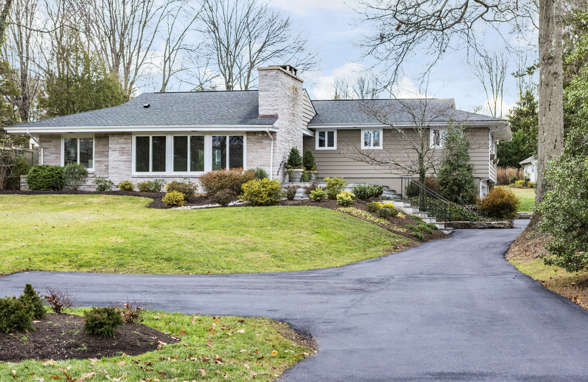 220 King George Rd, Pennington, NJ 08534
