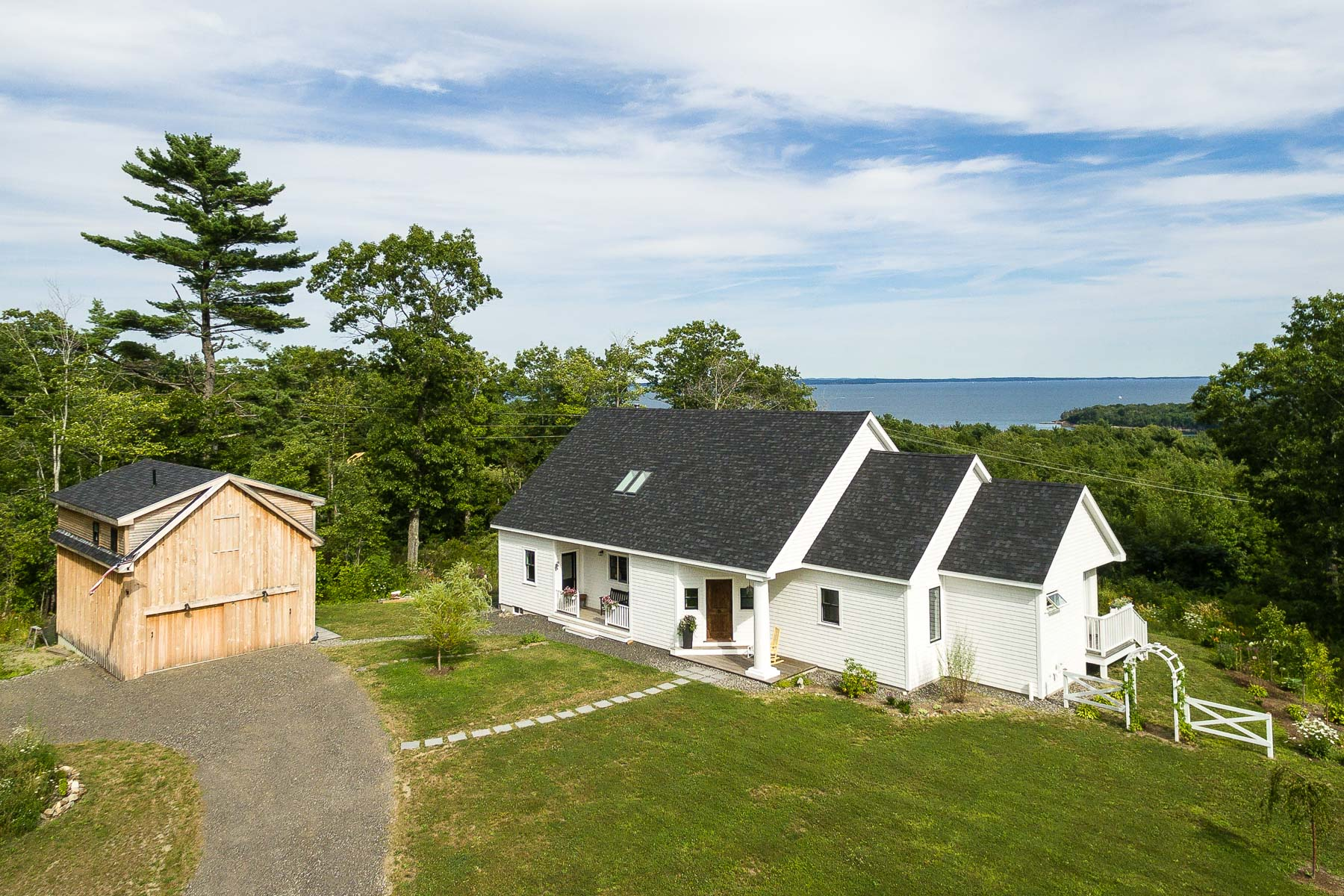 29 Terrier Cir, Rockport, ME 04856
