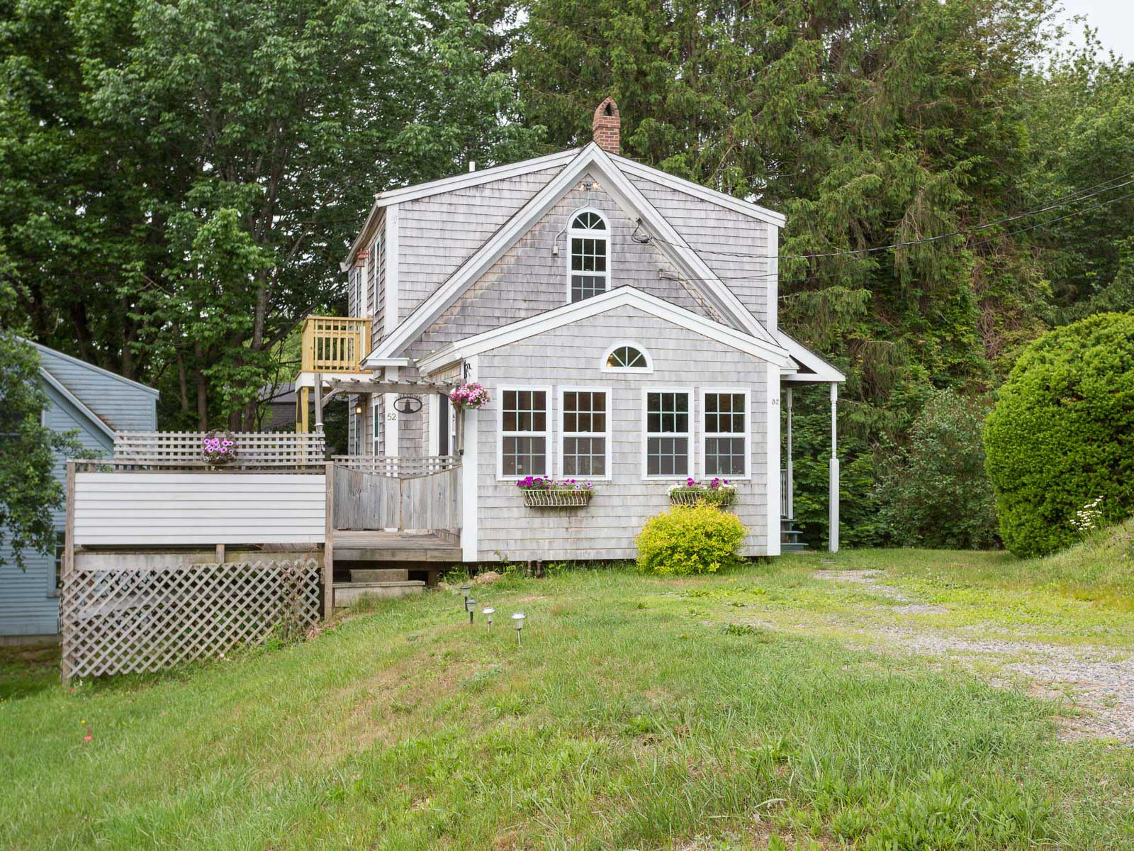 52 Cutts Island Ln, Kittery Point, ME 03905