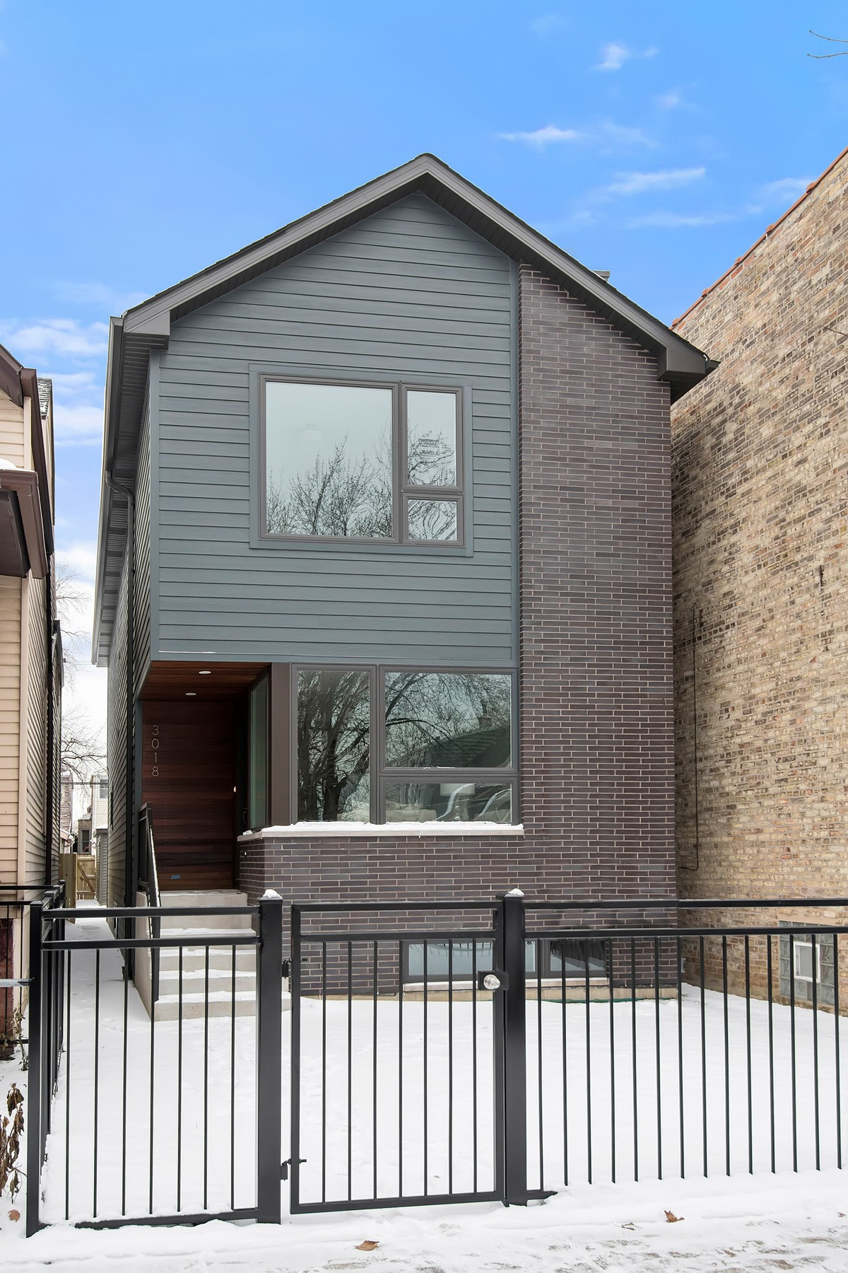 United states chicago contemporary new construction for Modern homes for sale chicago