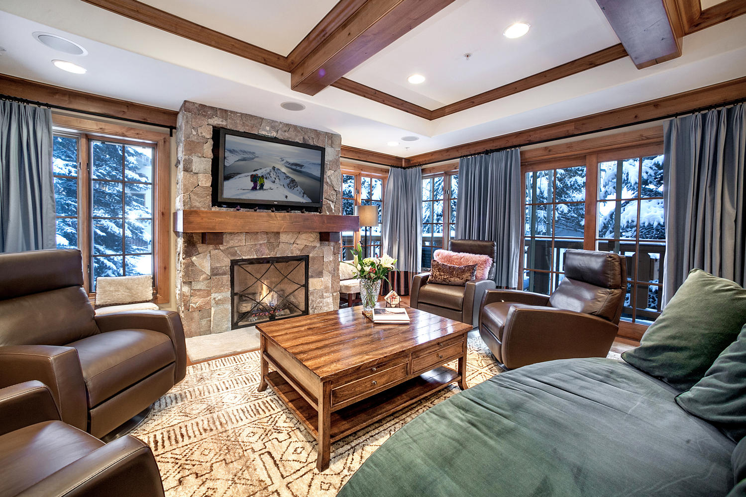 74 Willow Rd, Vail, CO 81657
