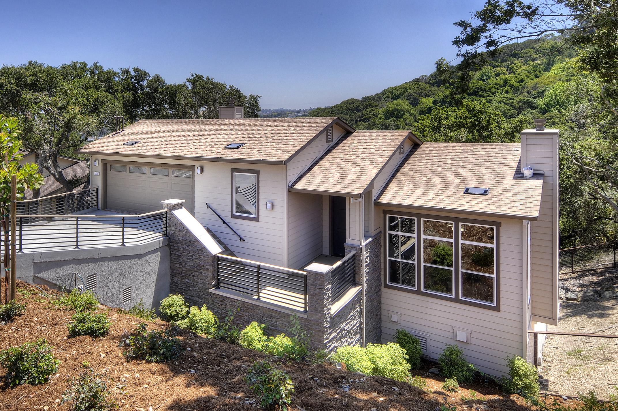 2275 Bunker Hill Dr, San Mateo, CA 94402