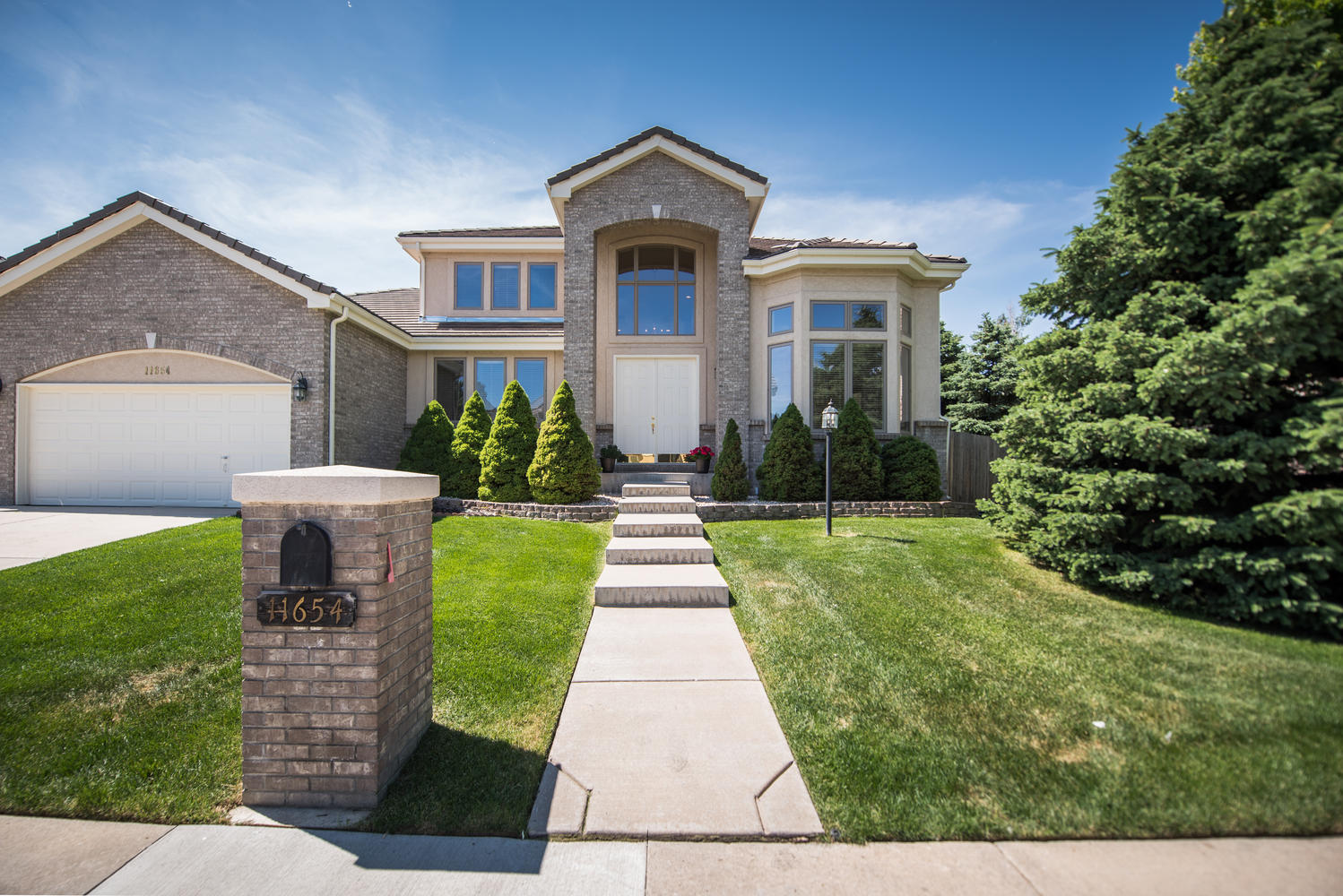 11654 E Berry Ave, Englewood, CO 80111