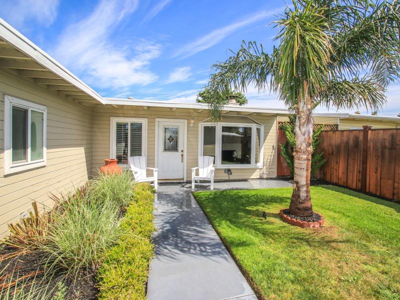 1435 Cobb St, San Mateo, CA 94401