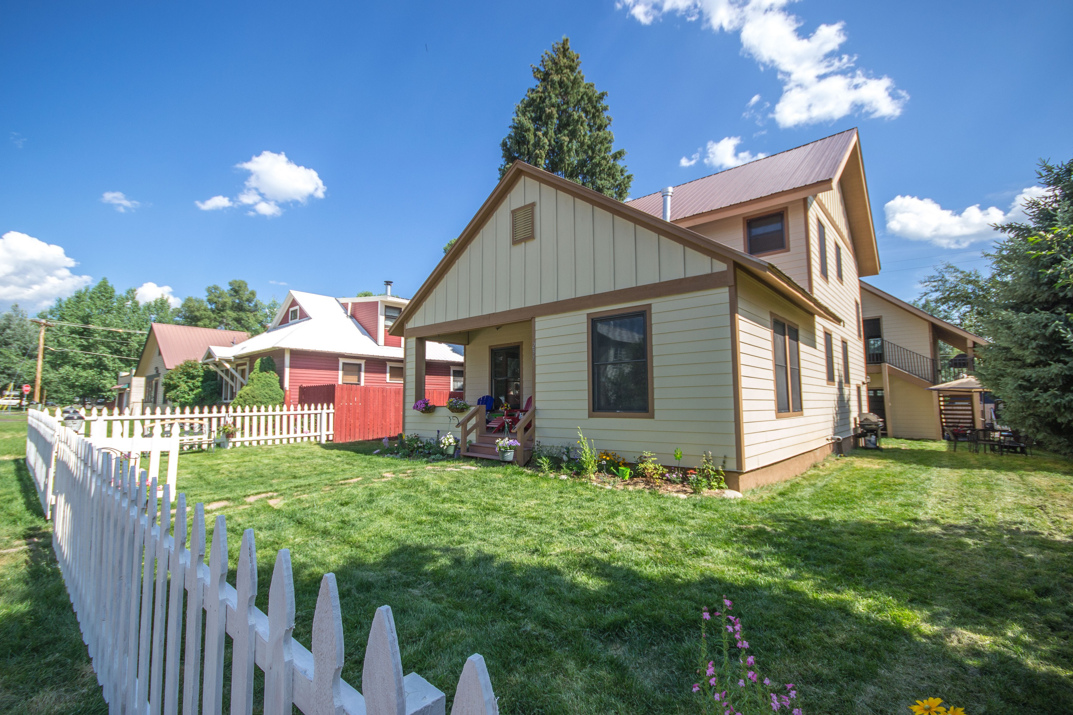 237 Hill St, Steamboat Springs, CO 80487