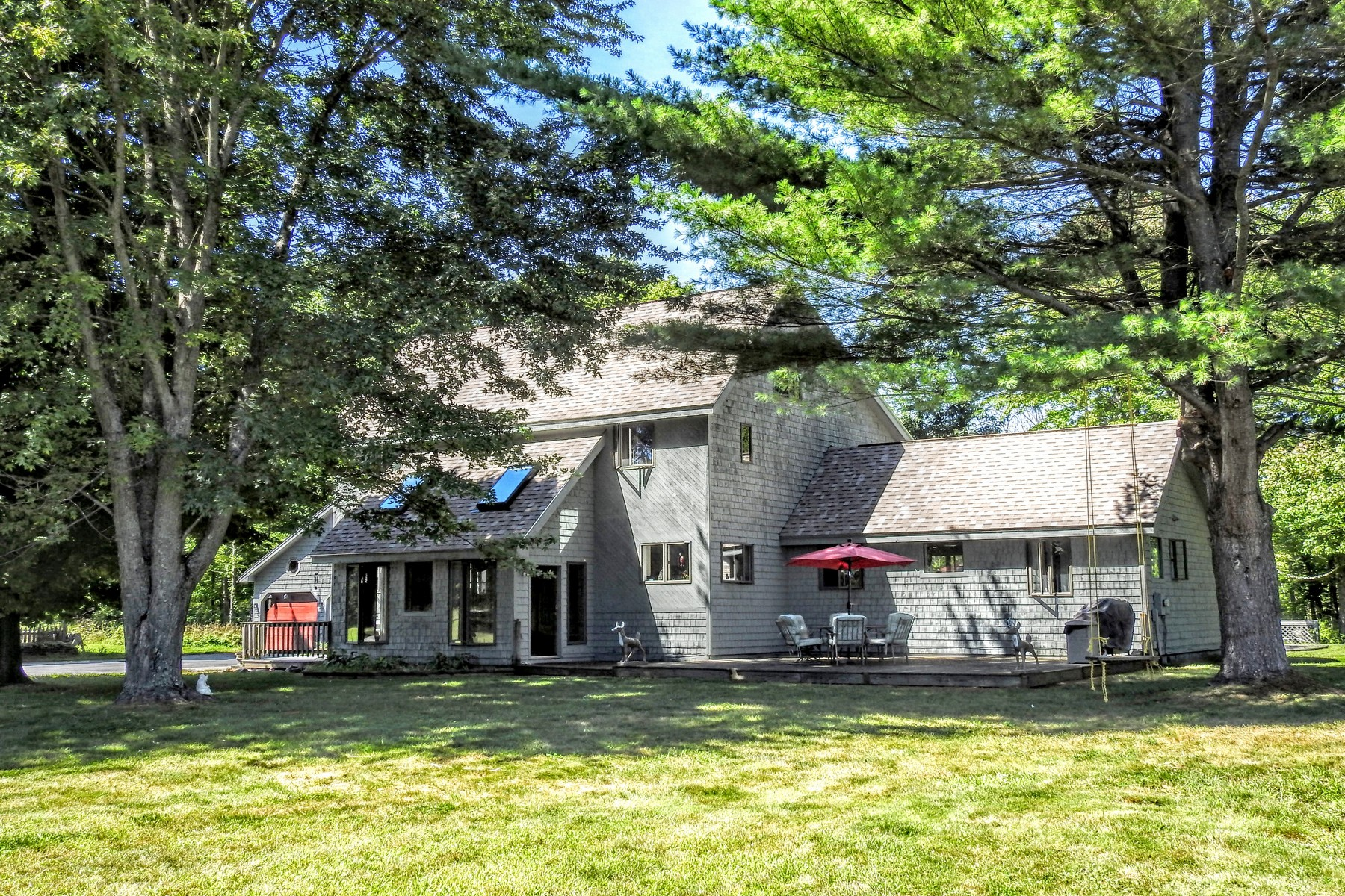 3 Grove St, Fair Haven, VT 05743