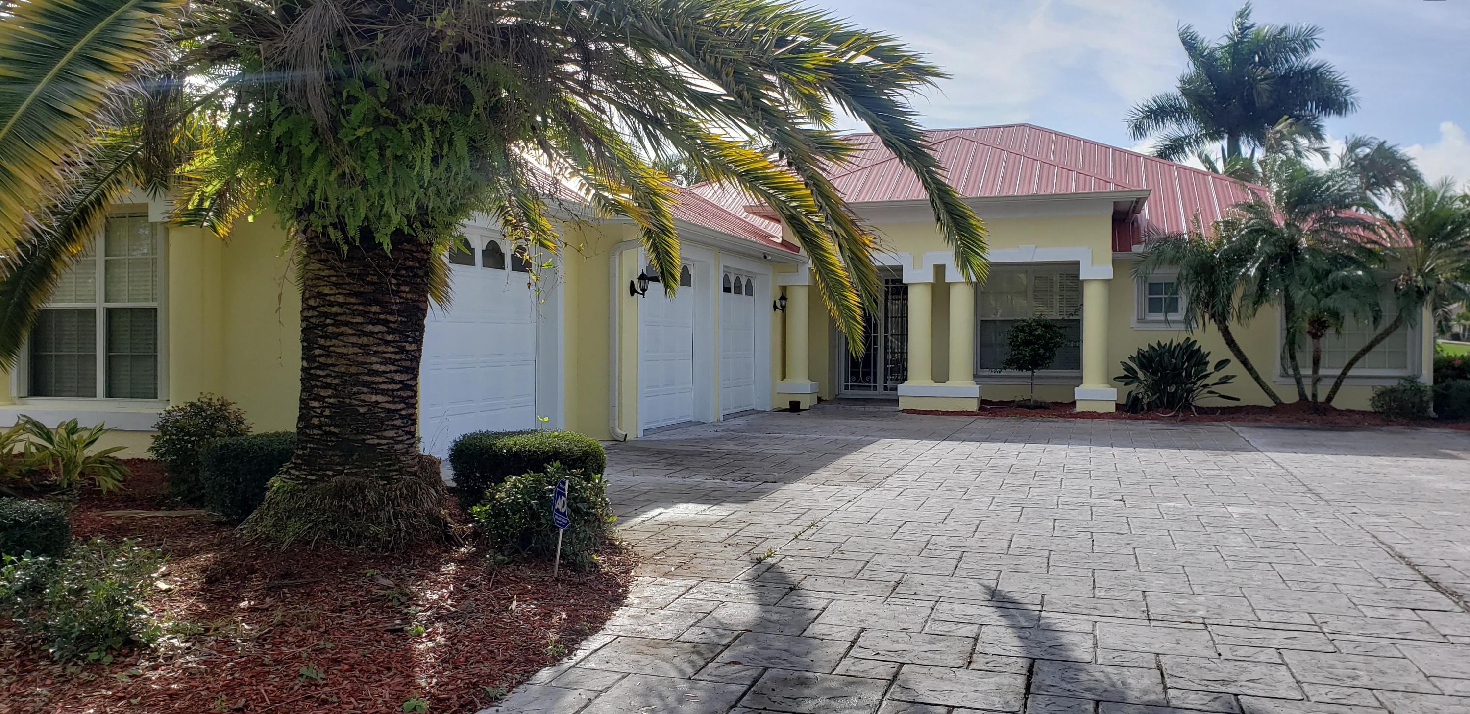 2652 SW River Shore Drive, Port Saint Lucie, Florida