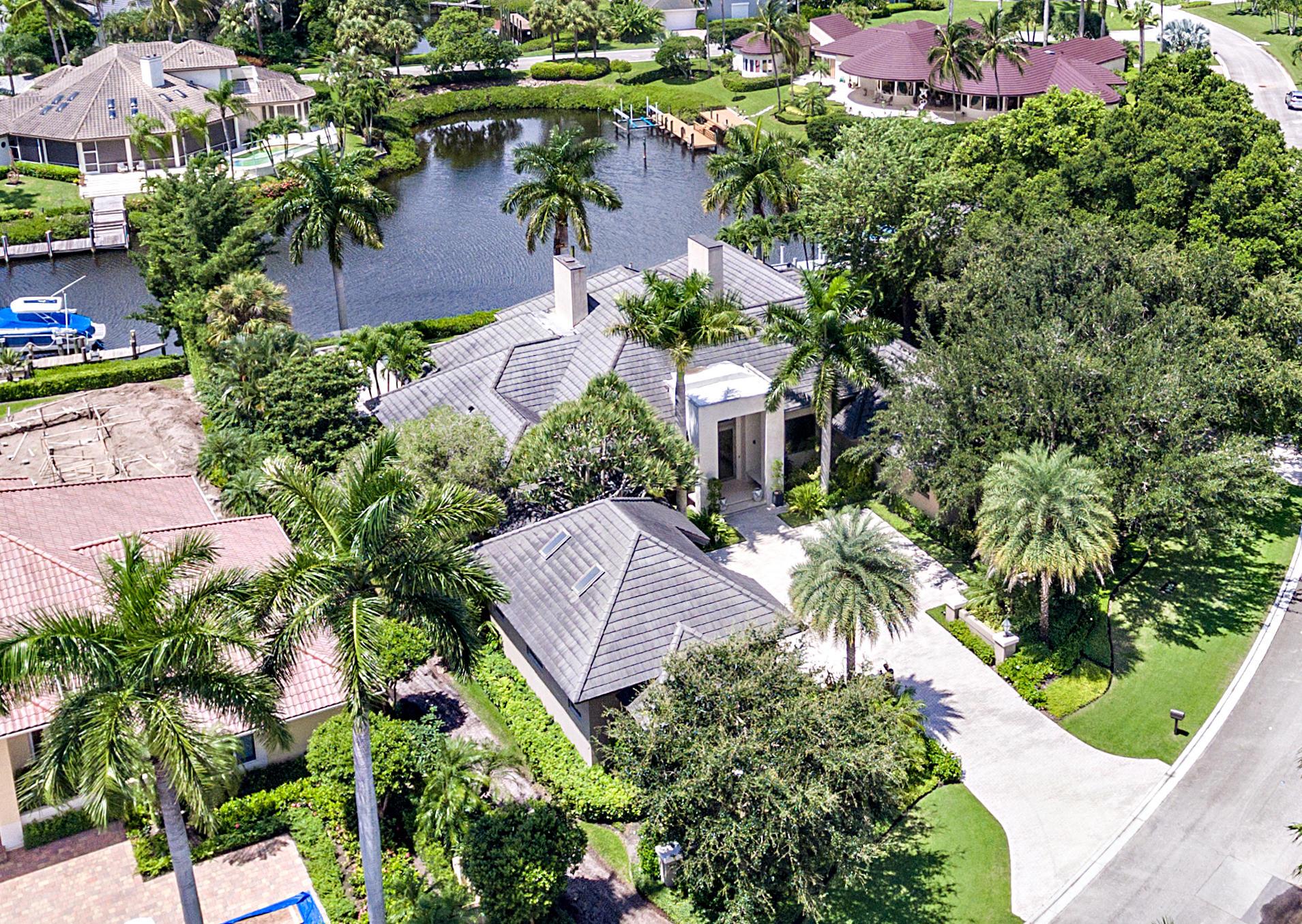 2940 Le Bateau Drive, Palm Beach Gardens, Florida