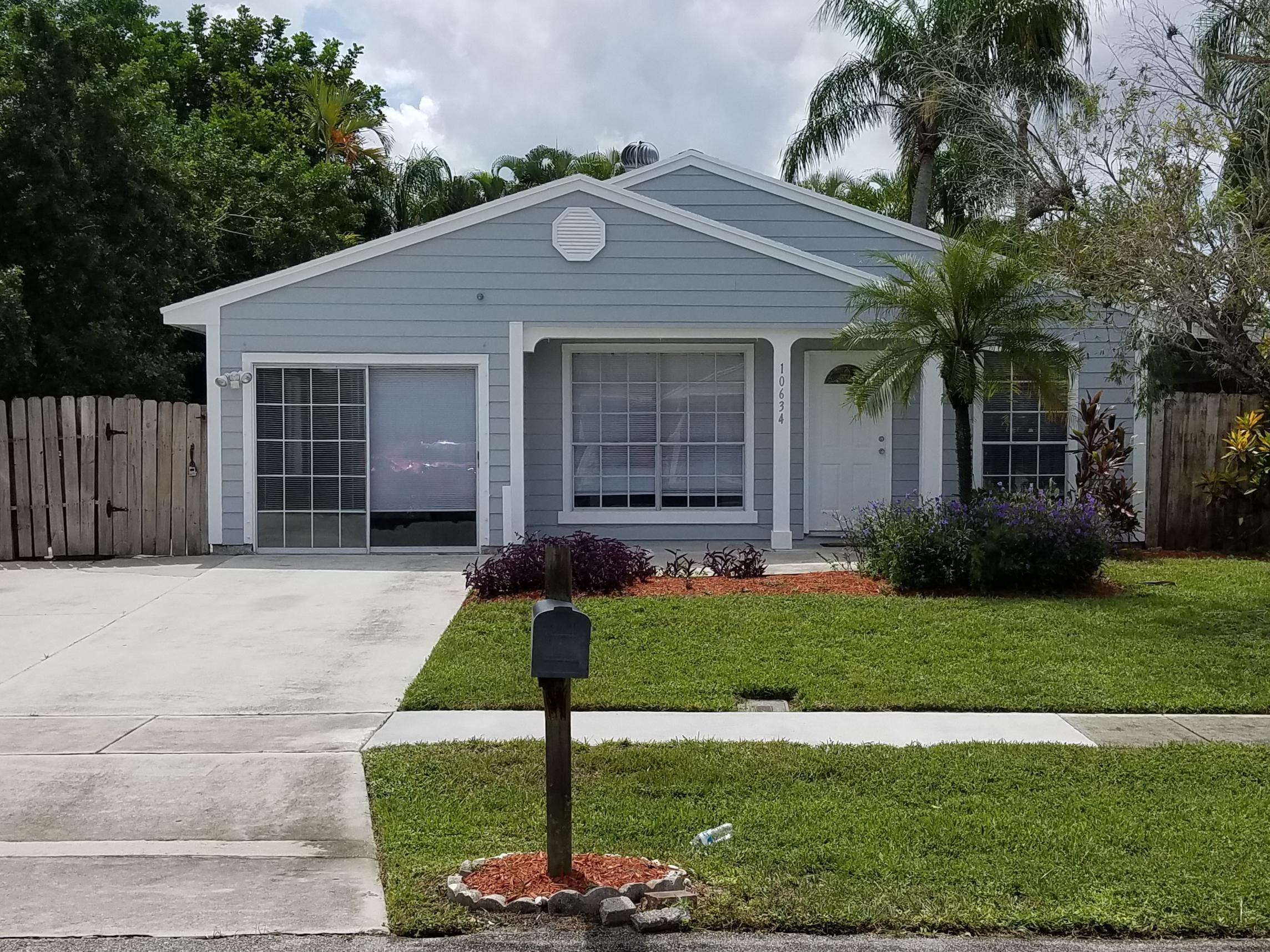 10634 Aquarius Lane, Royal Palm Beach, Florida