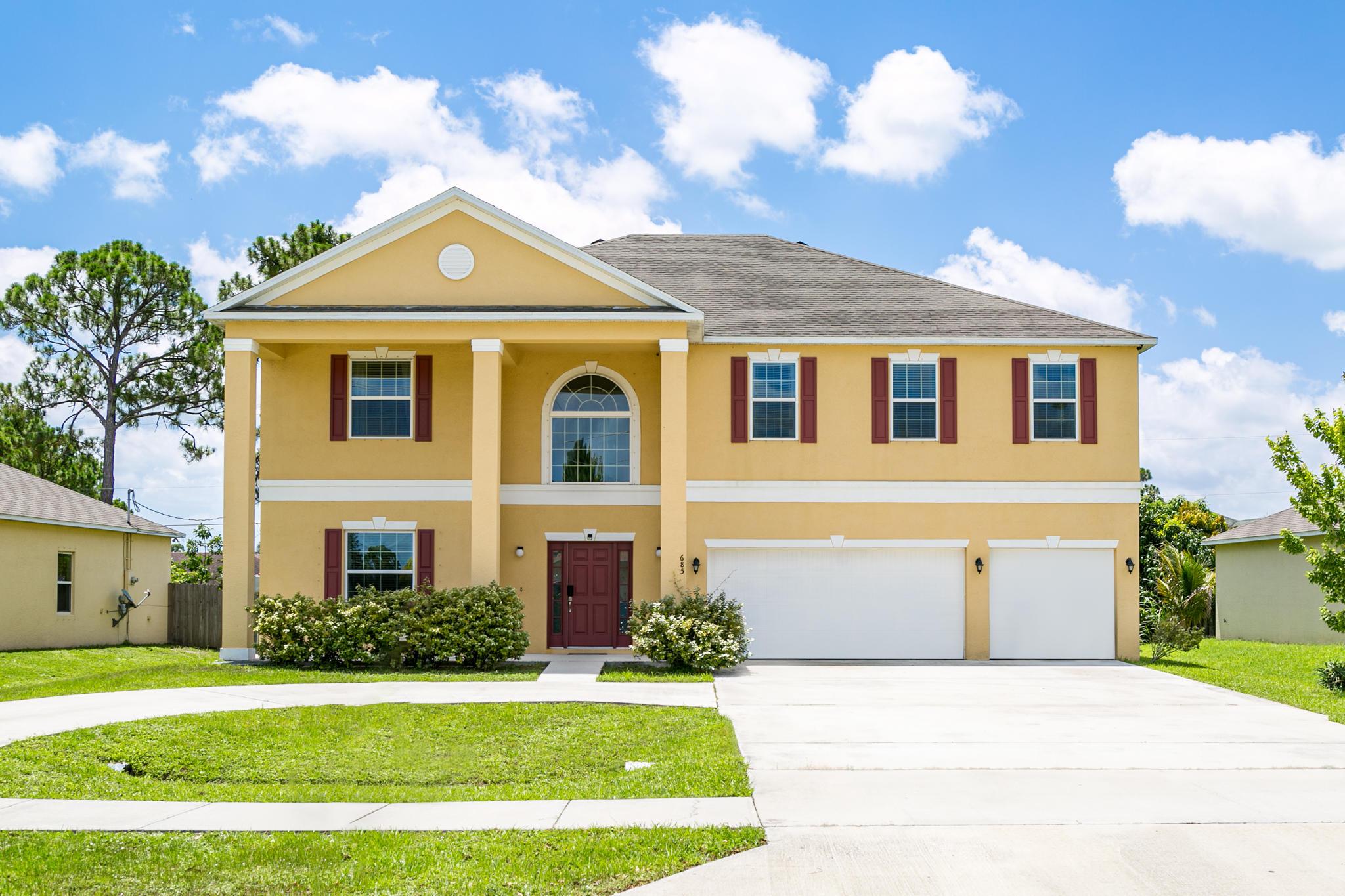 Port Saint Lucie Homes for Sale -  Loft,  685 NW Bayshore Boulevard