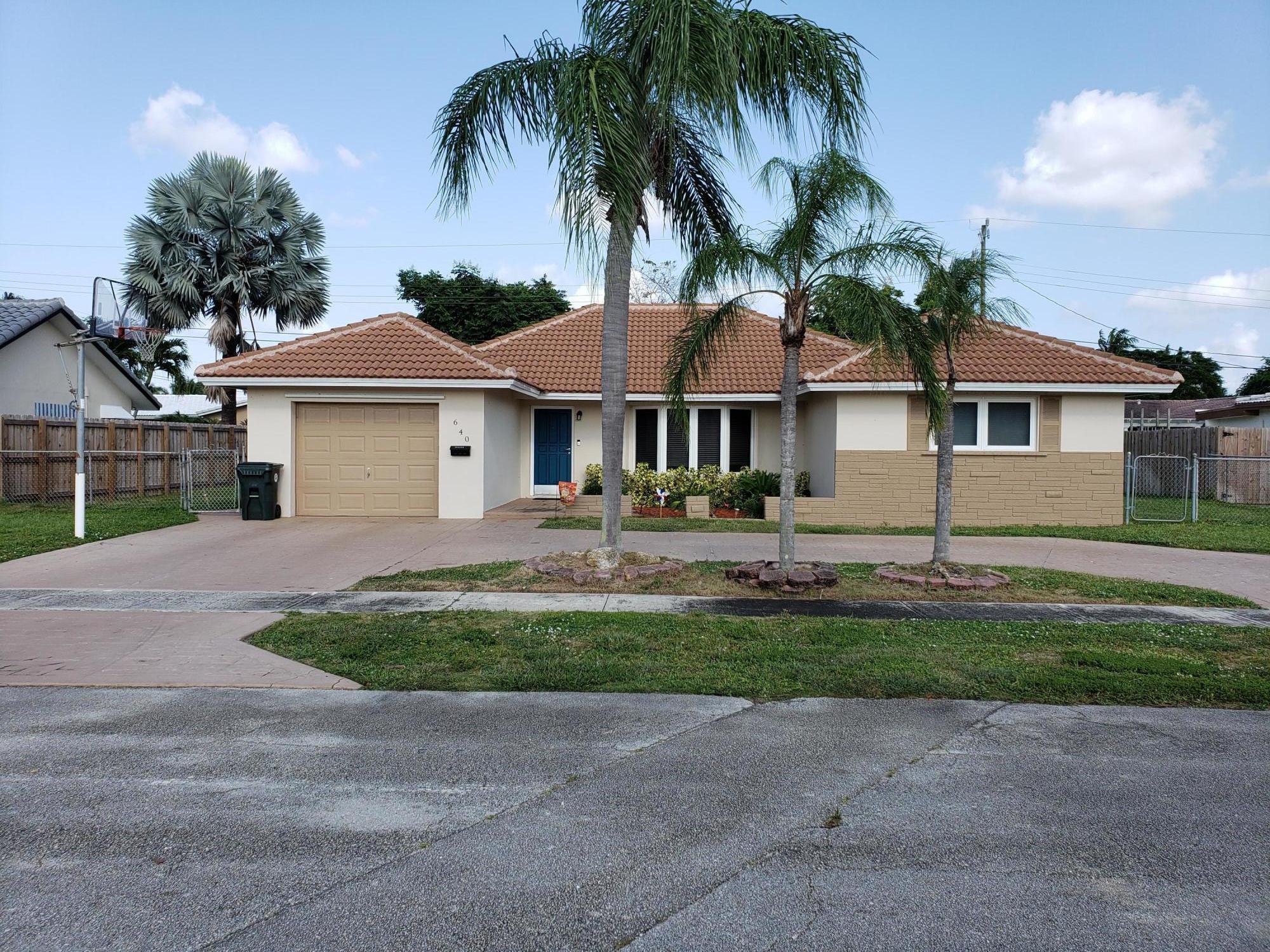 640 Nw 16th Court W, Boca Raton, FL 33486