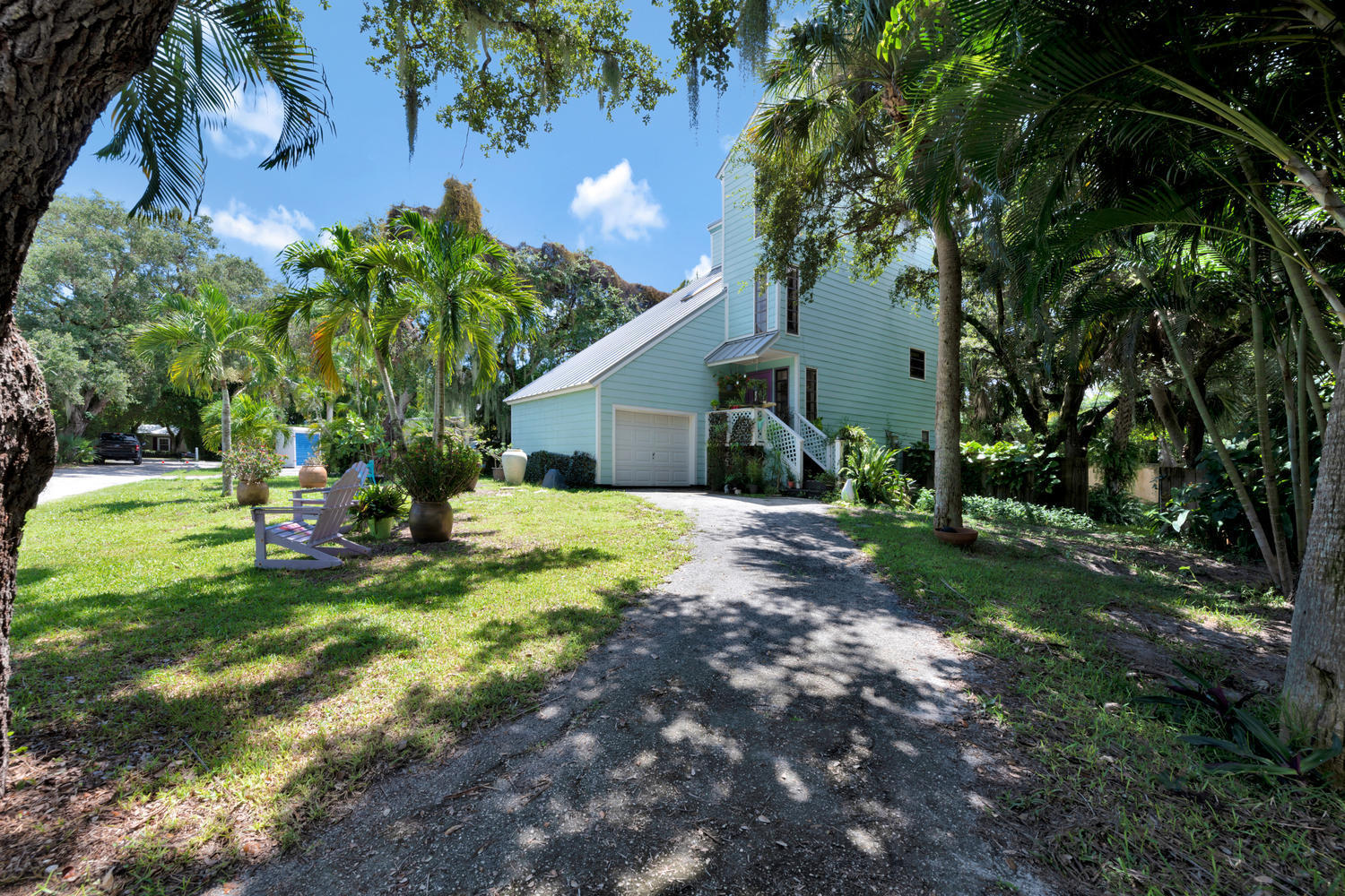 2434 Cardinal Lane, Palm Beach Gardens, Florida
