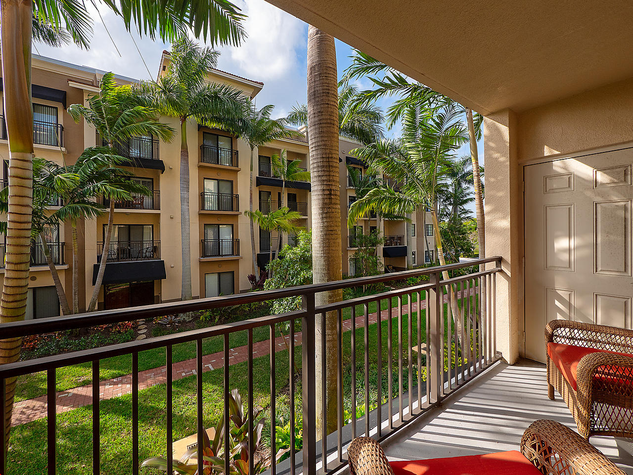 One of Palm Beach Gardens 3 Bedroom Homes for Sale at 4905 Midtown Lane