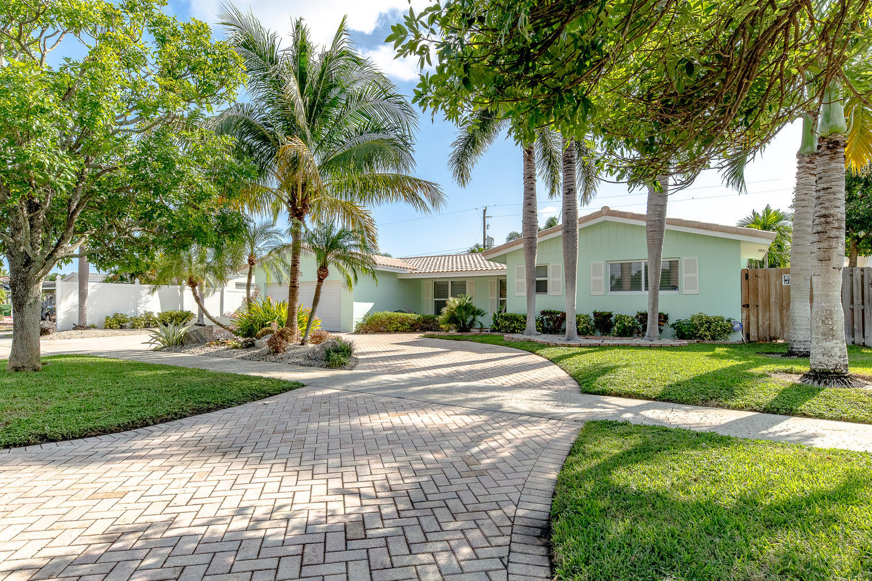 6420 NE 21st Road, Sea Ranch Lakes, Florida