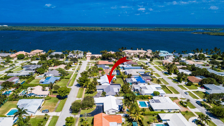 124 Anchorage Drive N, North Palm Beach, Florida