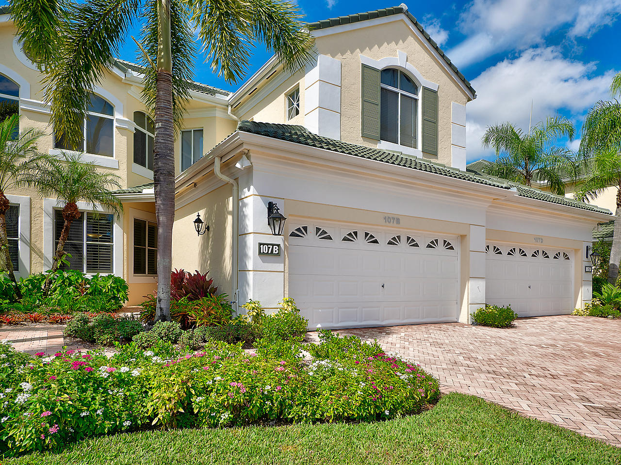 107 Palm Point Circle, one of homes for sale in Palm Beach Gardens