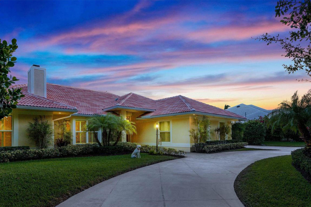 18216 SE Heritage Drive, Tequesta, Florida
