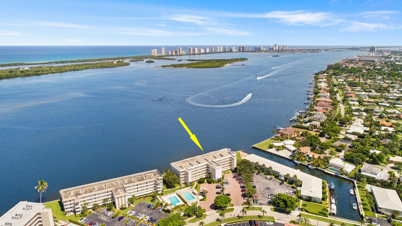 60 Yacht Club Drive, North Palm Beach, Florida