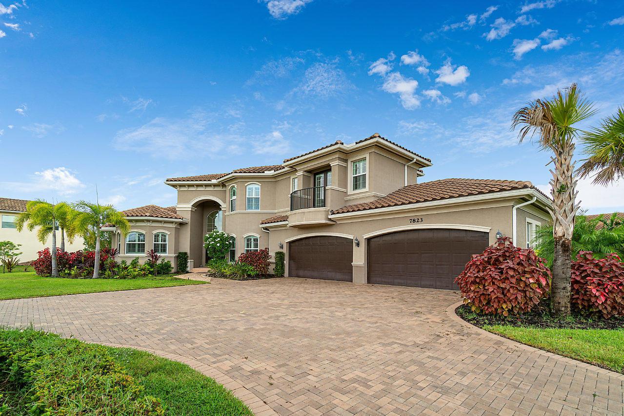 7823 Arbor Crest Way, Palm Beach Gardens, Florida