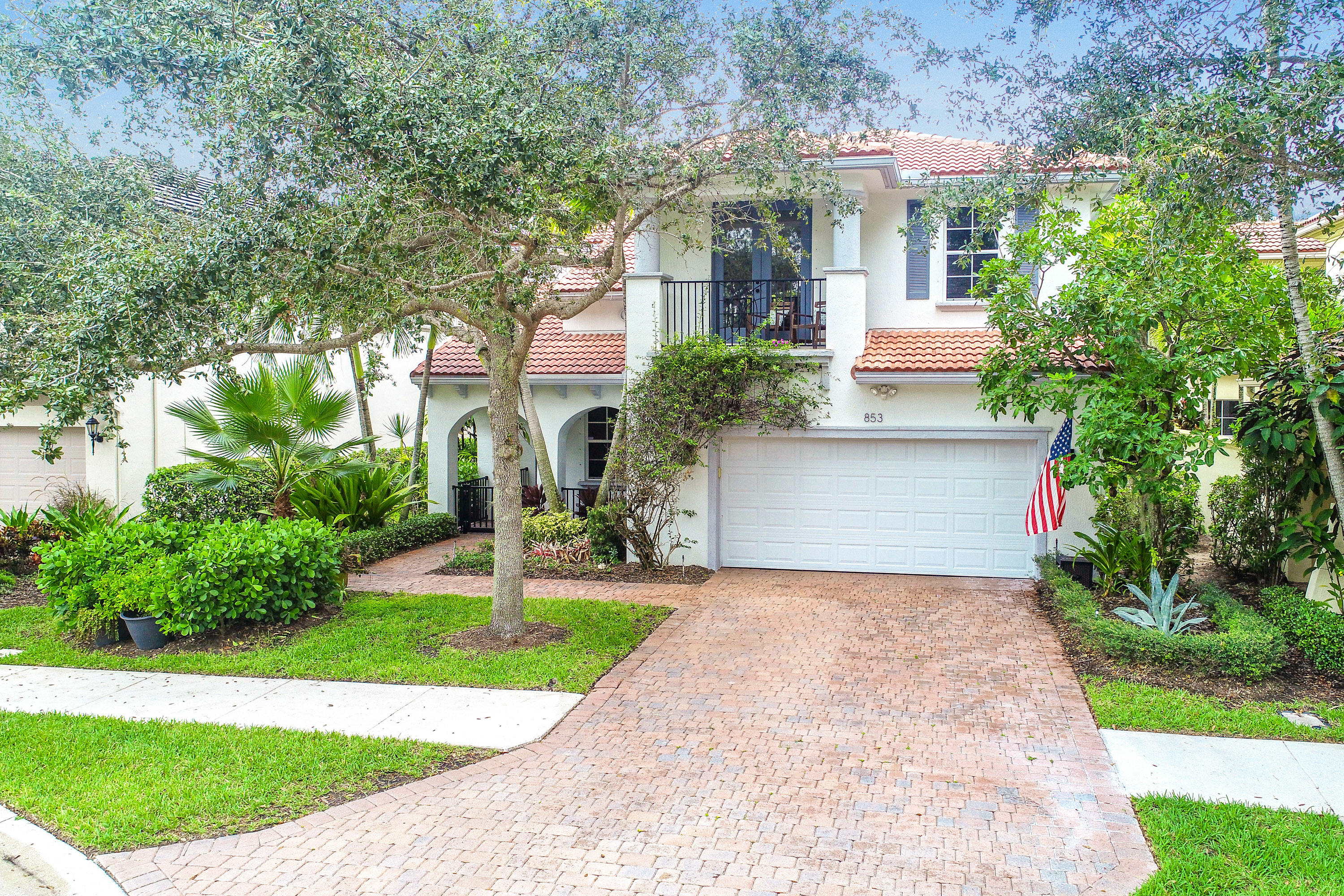 853 Madison Court, Palm Beach Gardens in Palm Beach County, FL 33410 Home for Sale