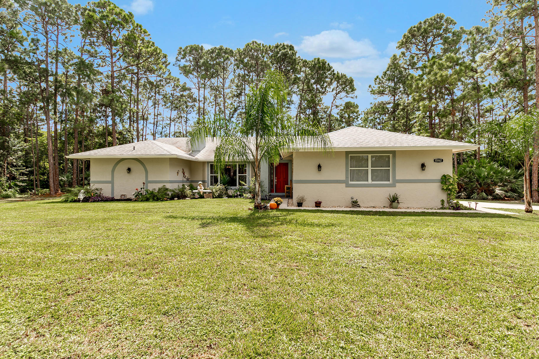 15162 86th Road N, Loxahatchee in Palm Beach County, FL 33470 Home for Sale
