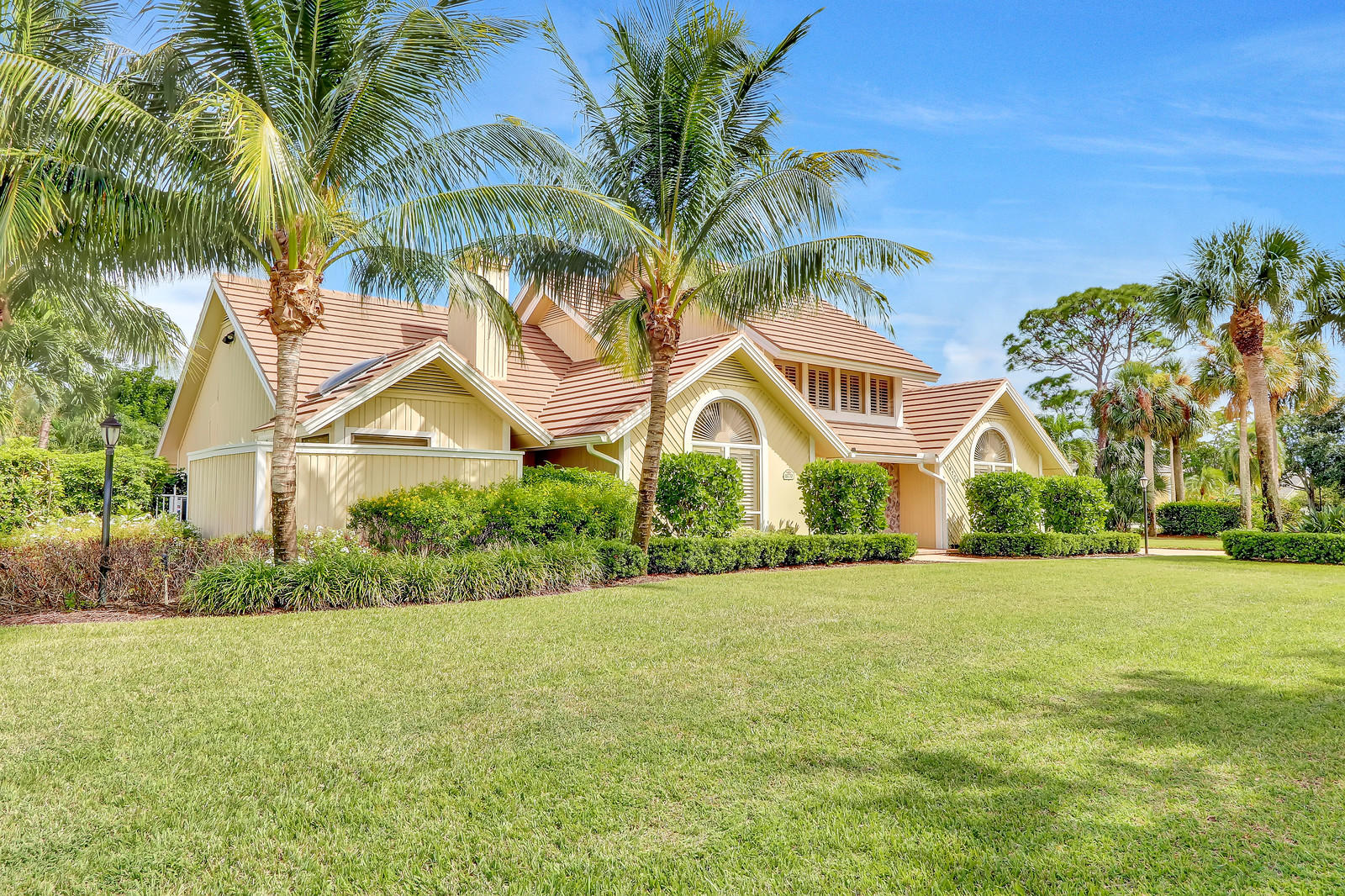 One of Tequesta 4 Bedroom Homes for Sale at 18770 SE River Ridge Road