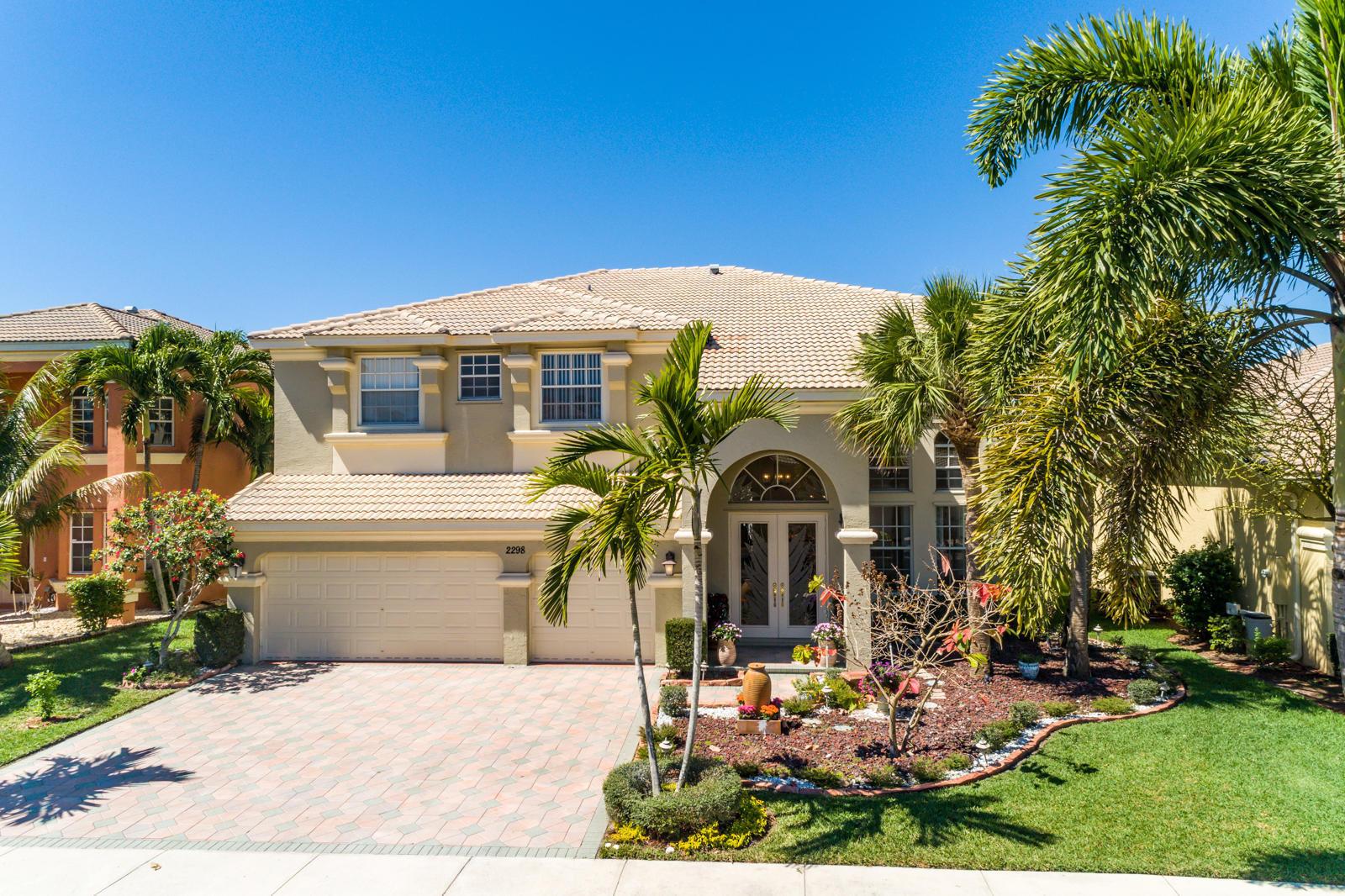 2298 Ridgewood Circle, Royal Palm Beach, Florida