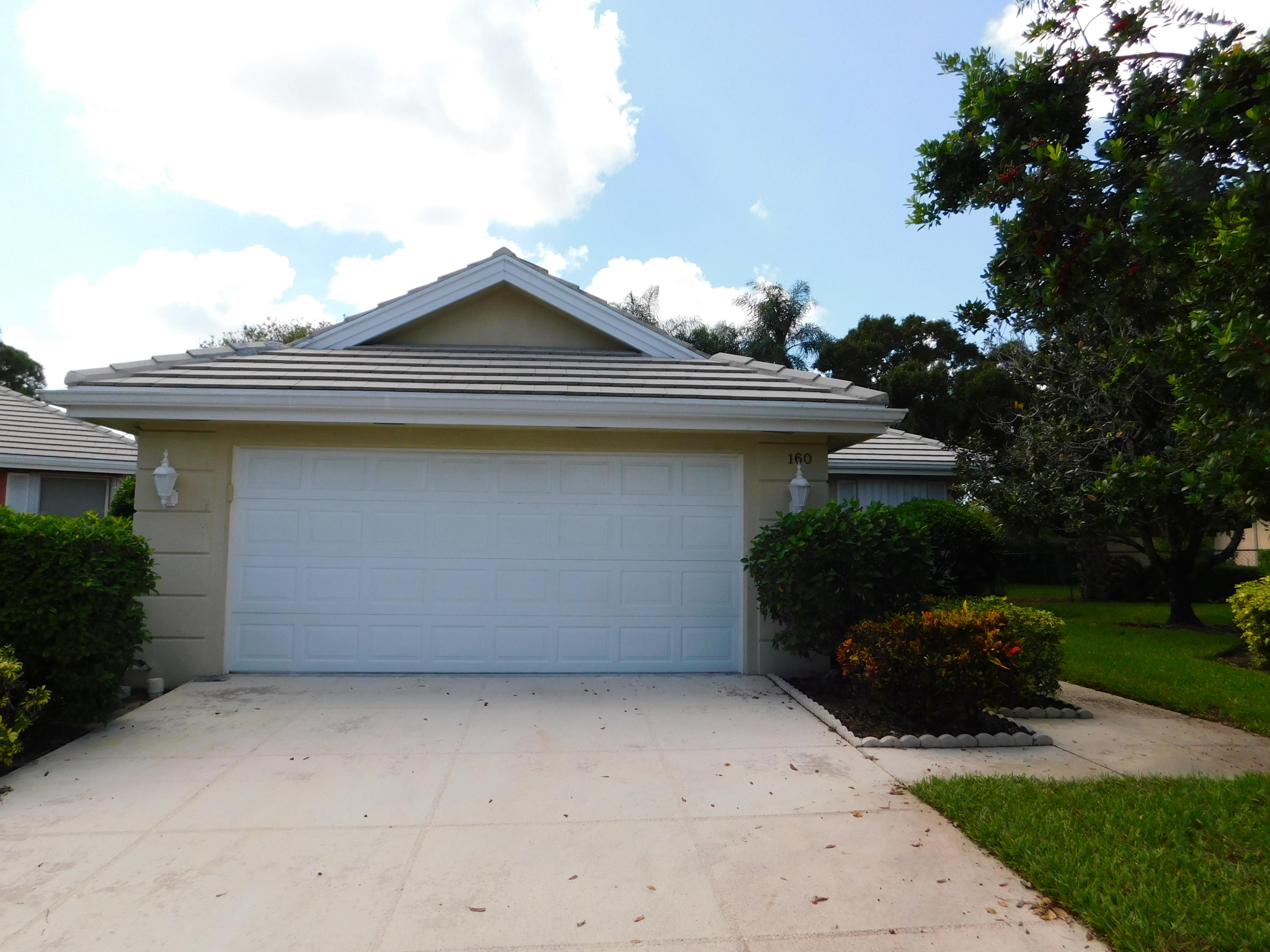 160 Nw Bentley Circle, Port Saint Lucie, FL 34986