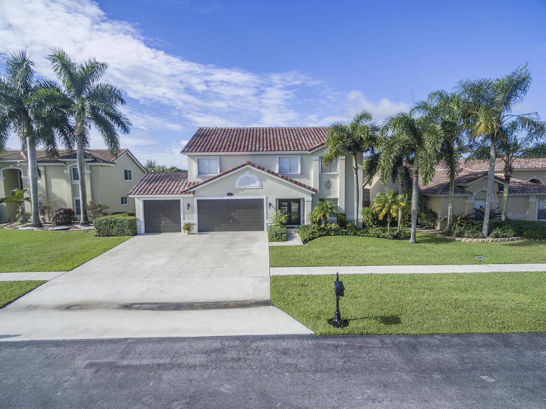 3719 Royal Cypress Lane, Lake Worth, FL 33467