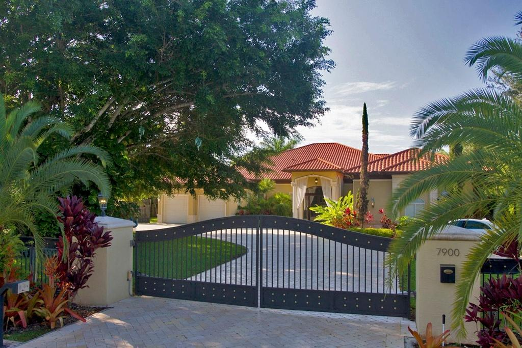 7900 SW 122nd Street, Kendall in Miami-Dade County, FL 33156 Home for Sale