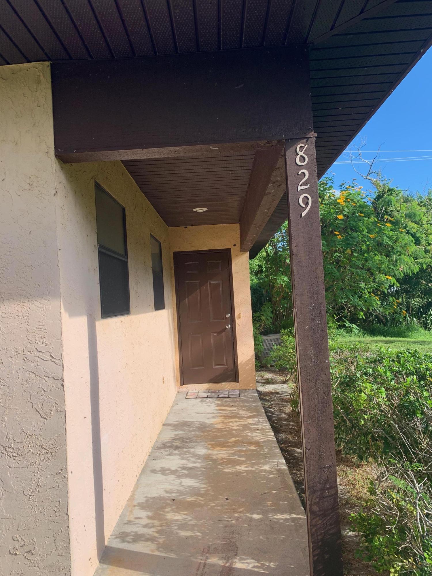 829 Nw 11th Terrace, Stuart, FL 34994