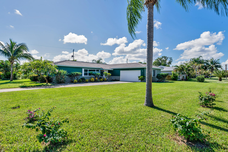 406 Hawthorne Drive, Lake Park, FL 33403