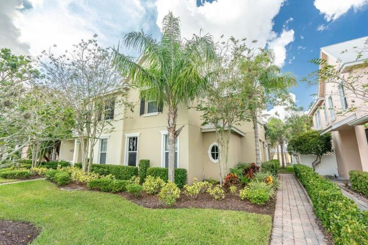 10479 Sw West Park Avenue, Port Saint Lucie, FL 34987