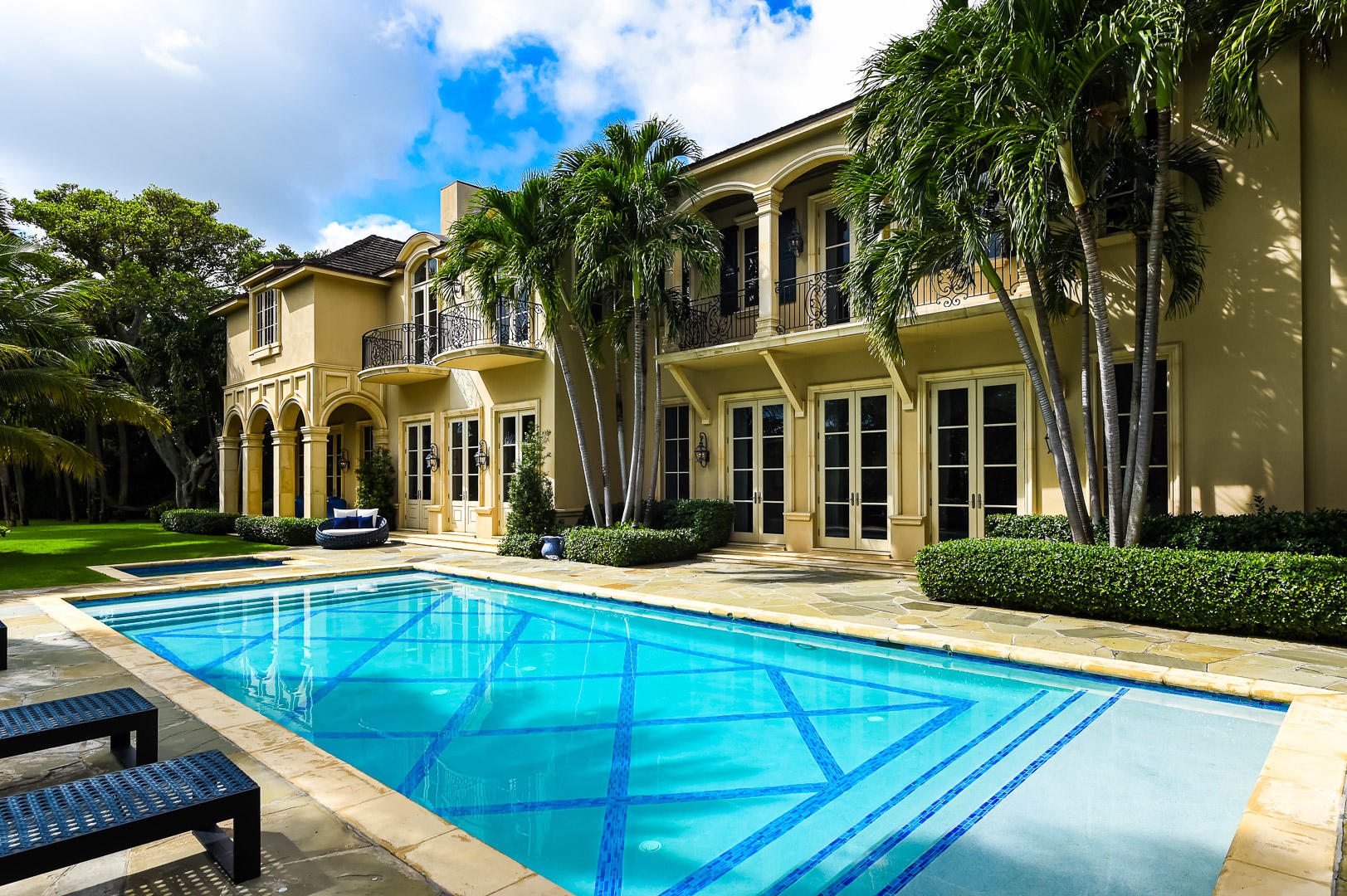 12314 Plantation Lane, one of homes for sale in North Palm Beach