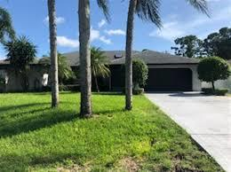 882 Sw Worcester Lane, Port Saint Lucie, FL 34952