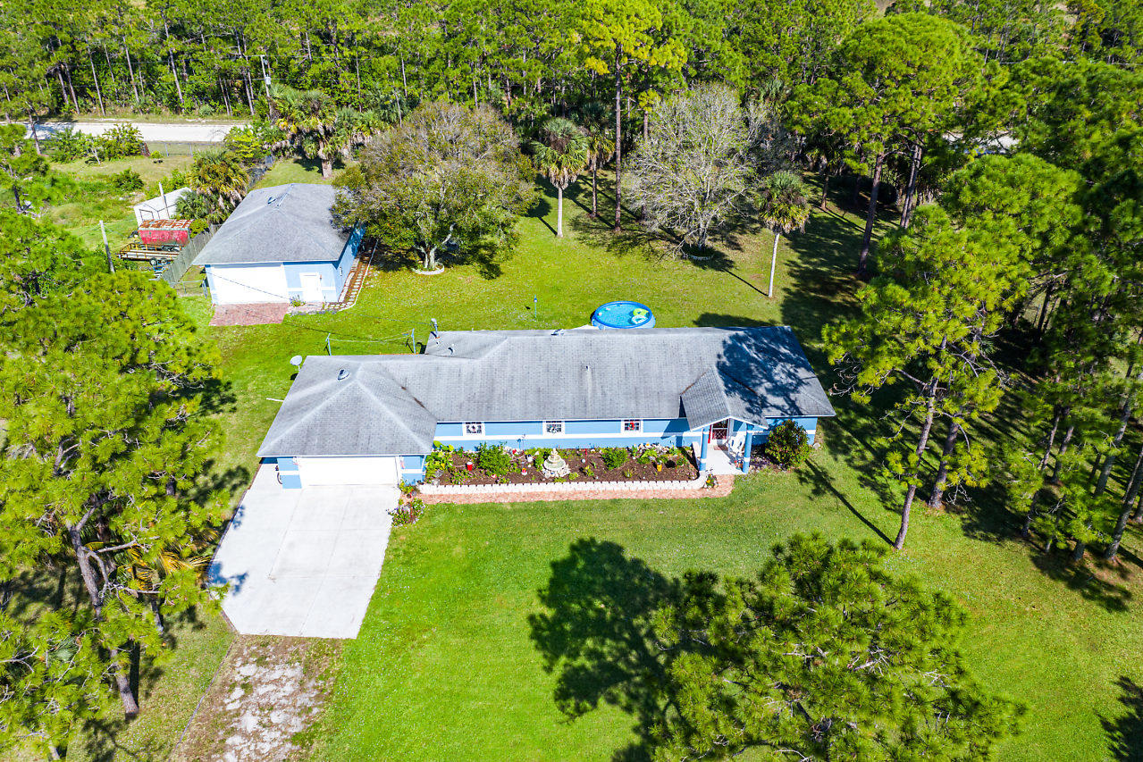 15741 99th Court N, Loxahatchee in Palm Beach County, FL 33470 Home for Sale