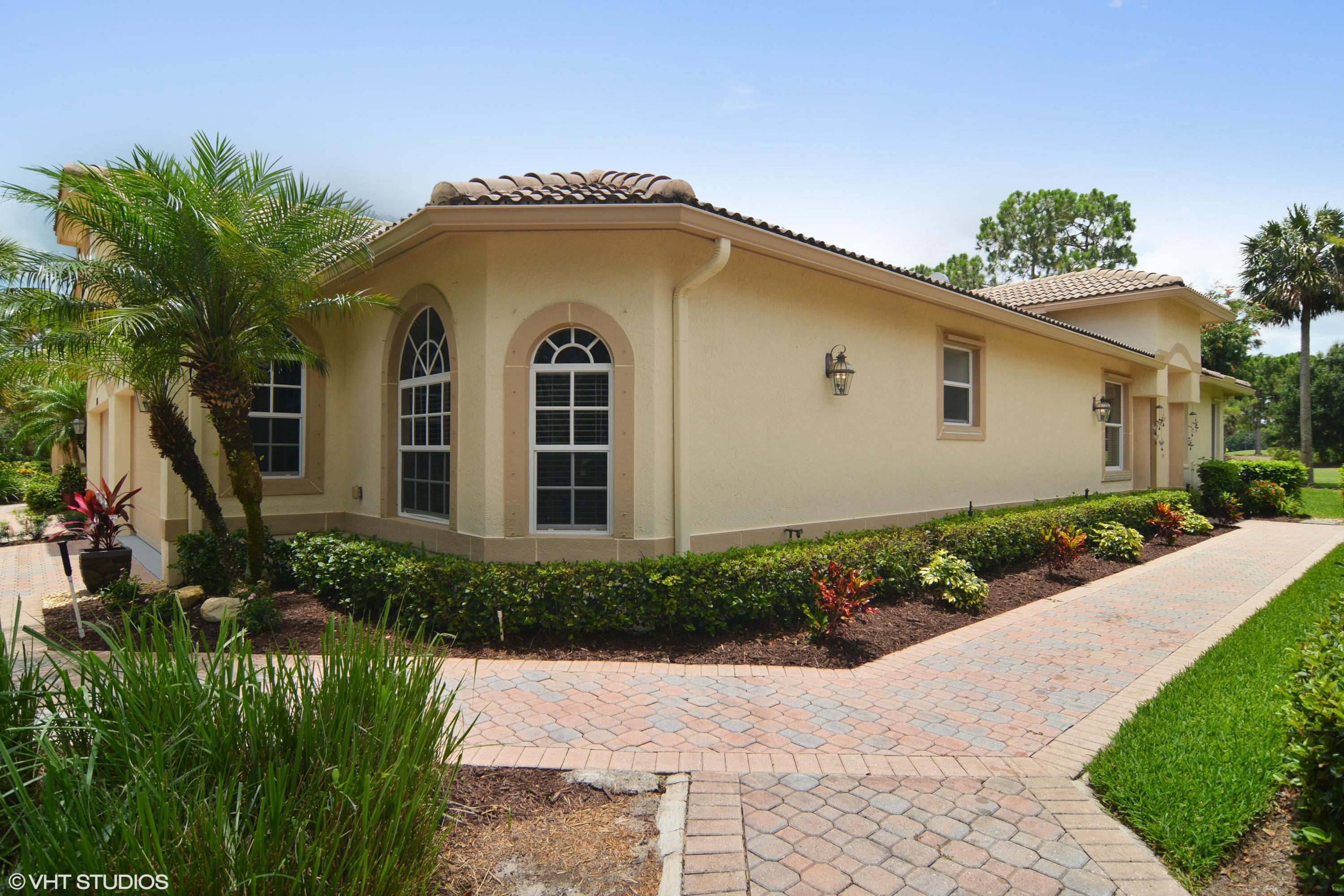 7317 Sea Pines Court, Port Saint Lucie, FL 34986
