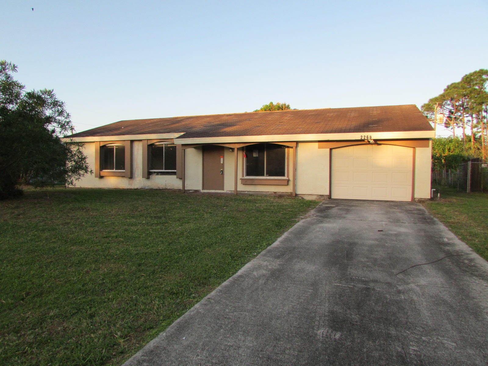 2268 Se Rich Street, Port Saint Lucie, FL 34984